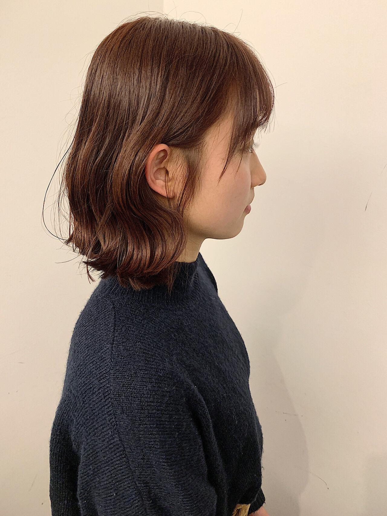 切りっぱなしボブ 外ハネ フェミニン オレンジカラーヘアスタイルや髪型の写真・画像