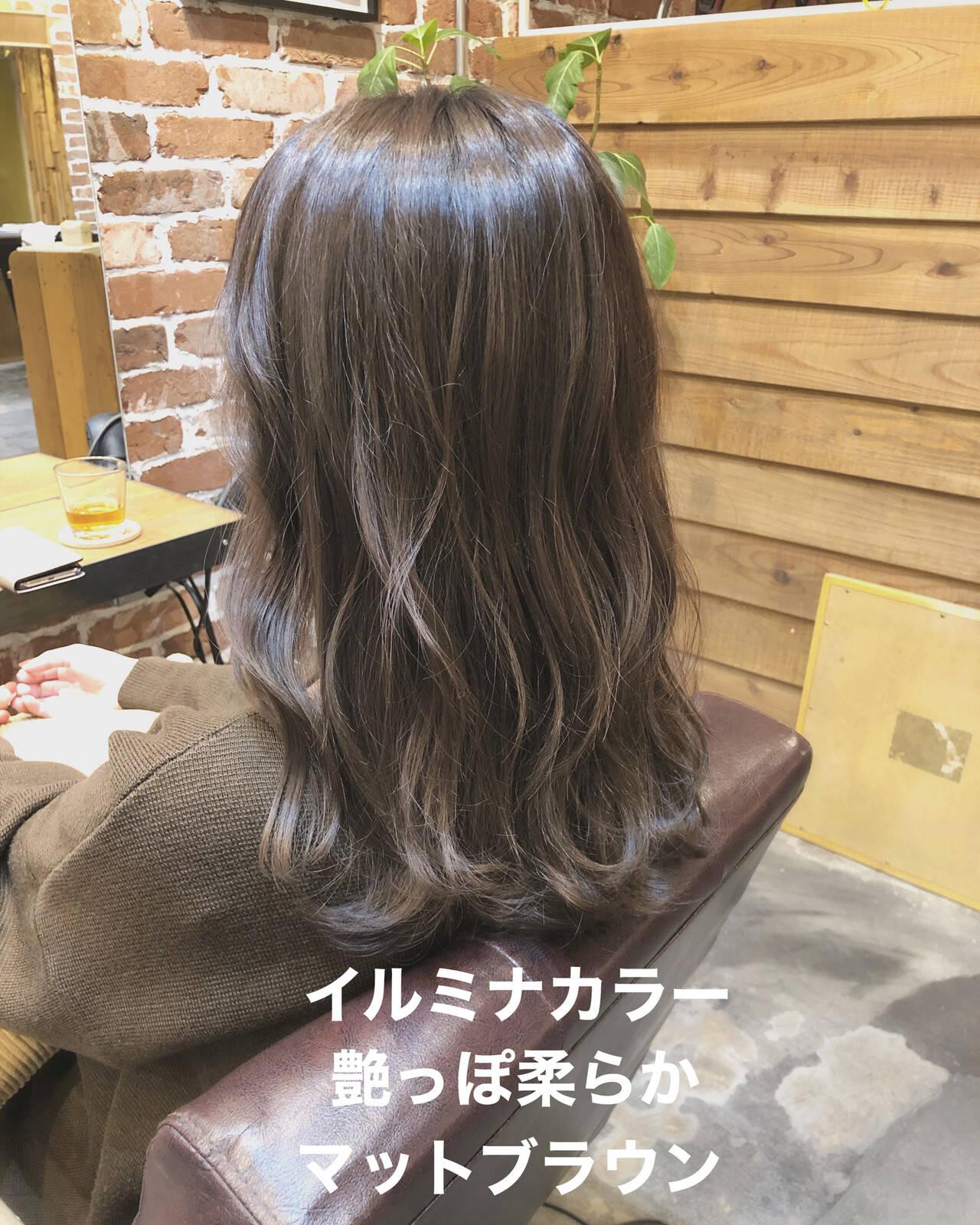 ブランジュ カーキ ナチュラル ブラウンヘアスタイルや髪型の写真・画像