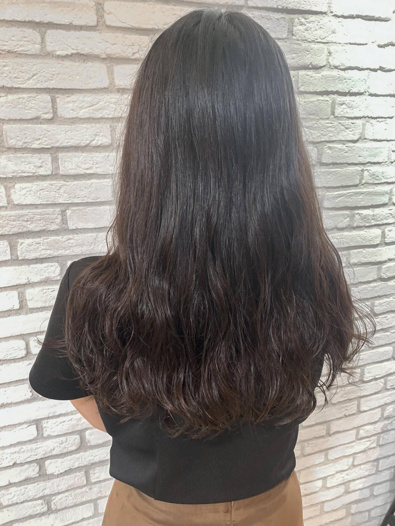 パーマ 韓国ヘア デジタルパーマ ナチュラルヘアスタイルや髪型の写真・画像