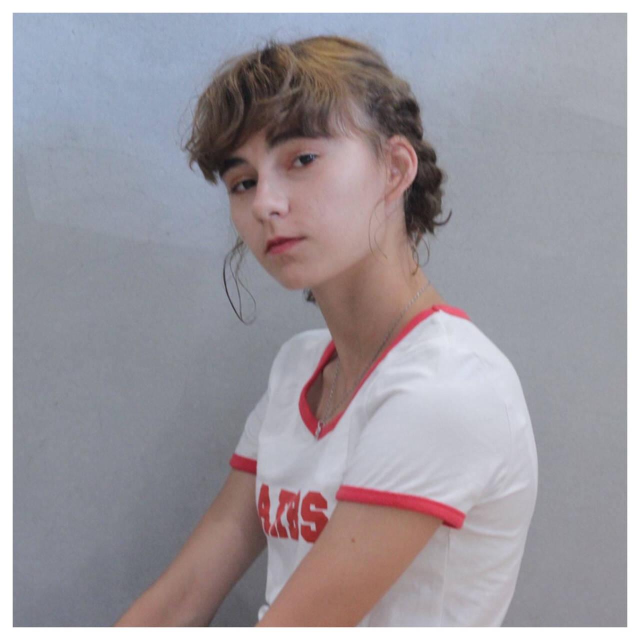 ゆるふわ ヘアアレンジ ショート ストリートヘアスタイルや髪型の写真・画像