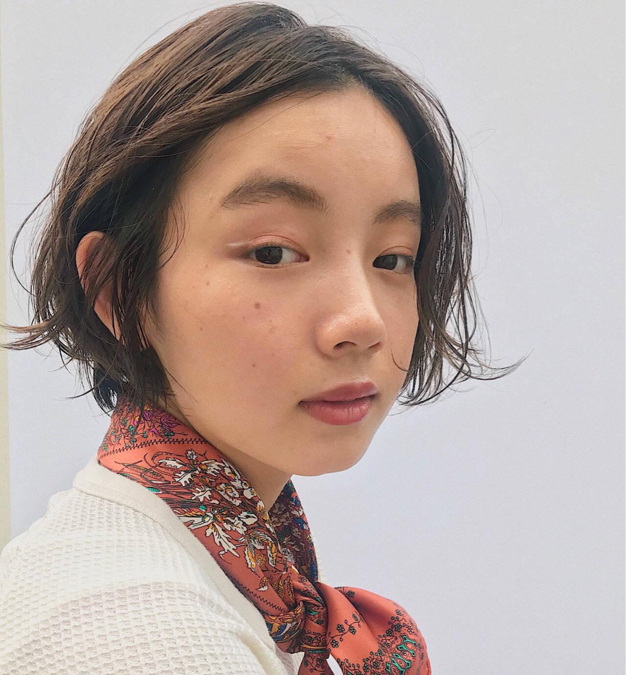 ナチュラル ショート フェミニン ヘアアレンジヘアスタイルや髪型の写真・画像