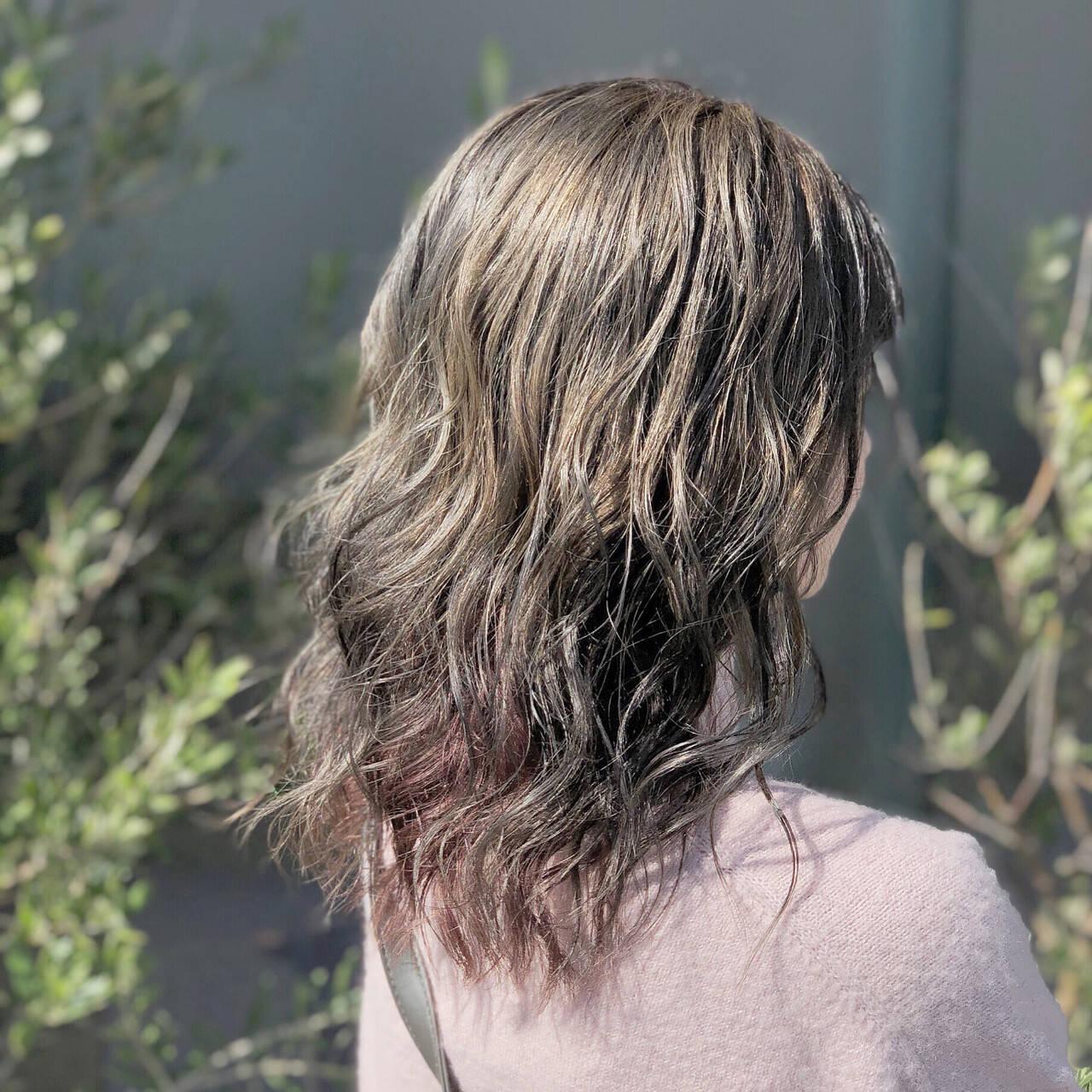 ゆるふわ ウェーブ 透明感 エフォートレスヘアスタイルや髪型の写真・画像