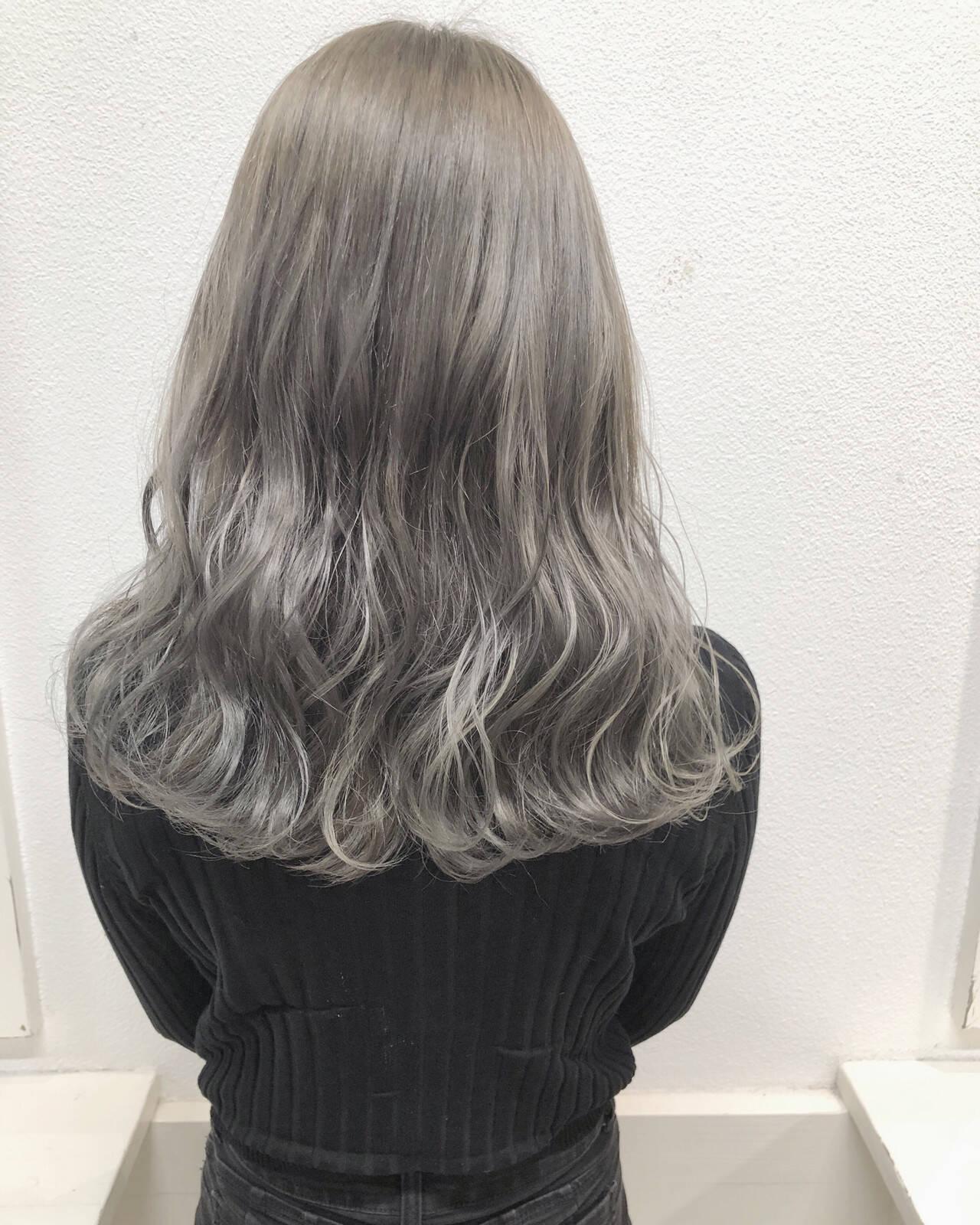 バレイヤージュ コントラストハイライト セミロング 外国人風カラーヘアスタイルや髪型の写真・画像