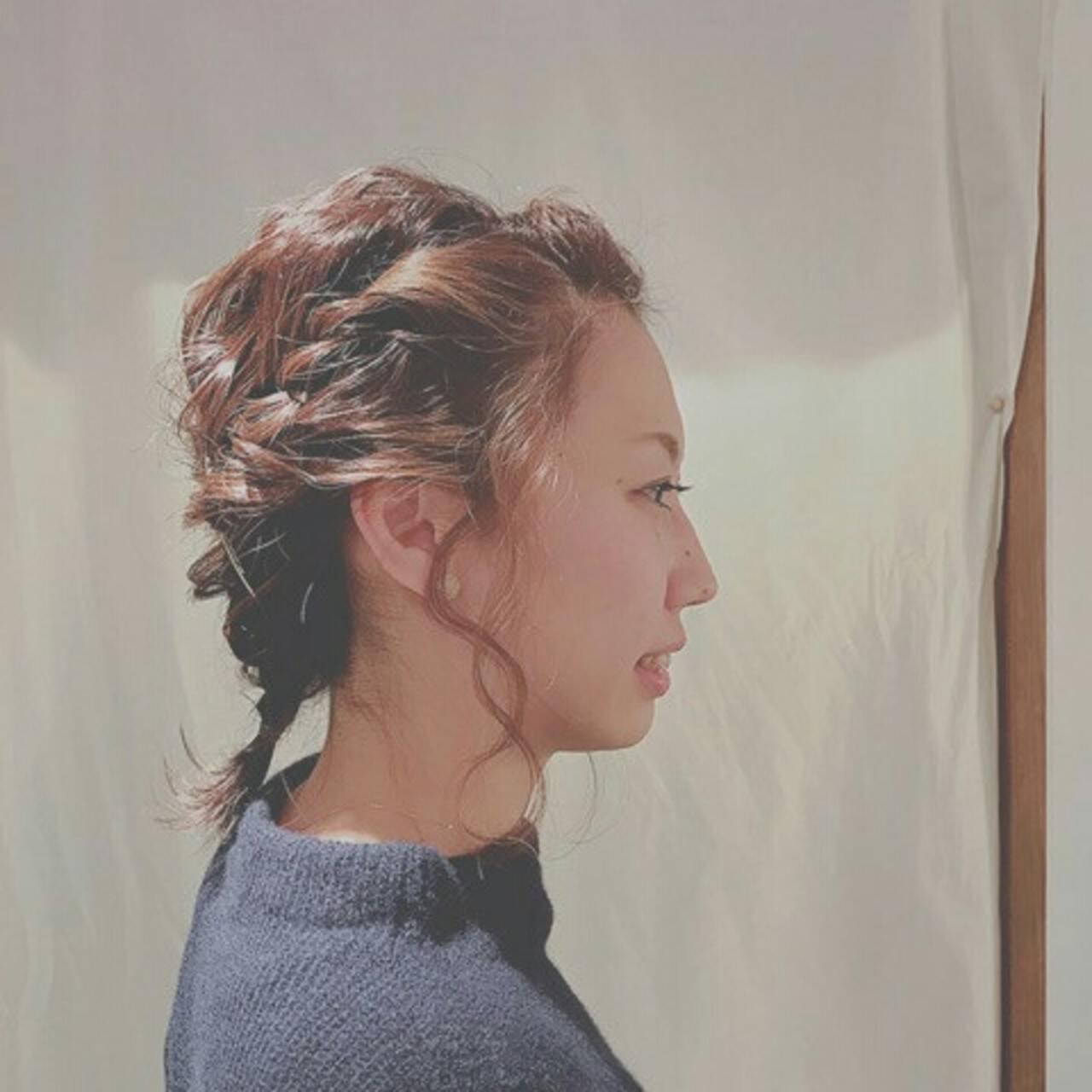 ヘアアレンジ 後れ毛 大人女子 編み込みヘアスタイルや髪型の写真・画像