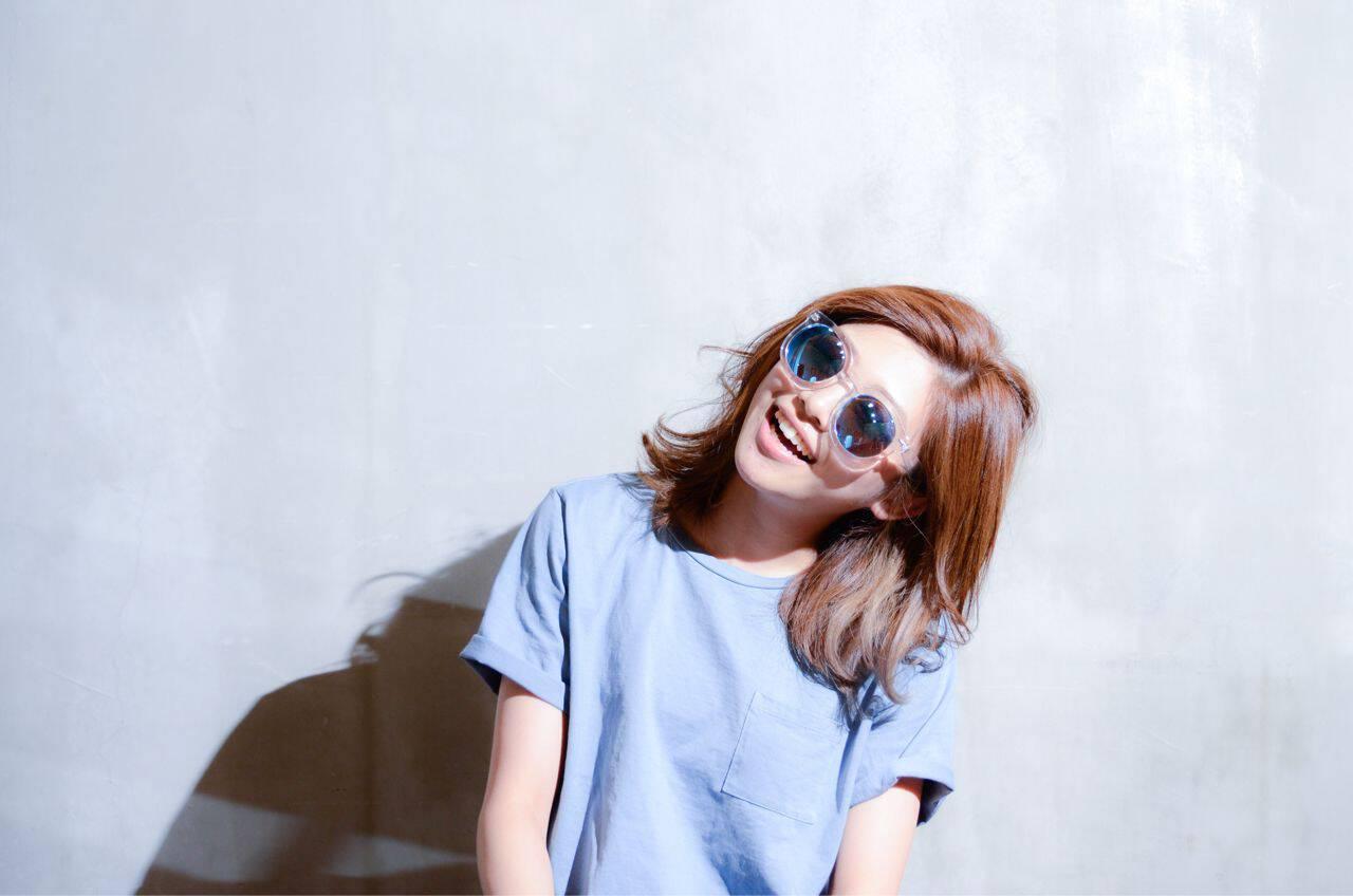 ミディアム インナーカラー グラデーションカラー ストリートヘアスタイルや髪型の写真・画像