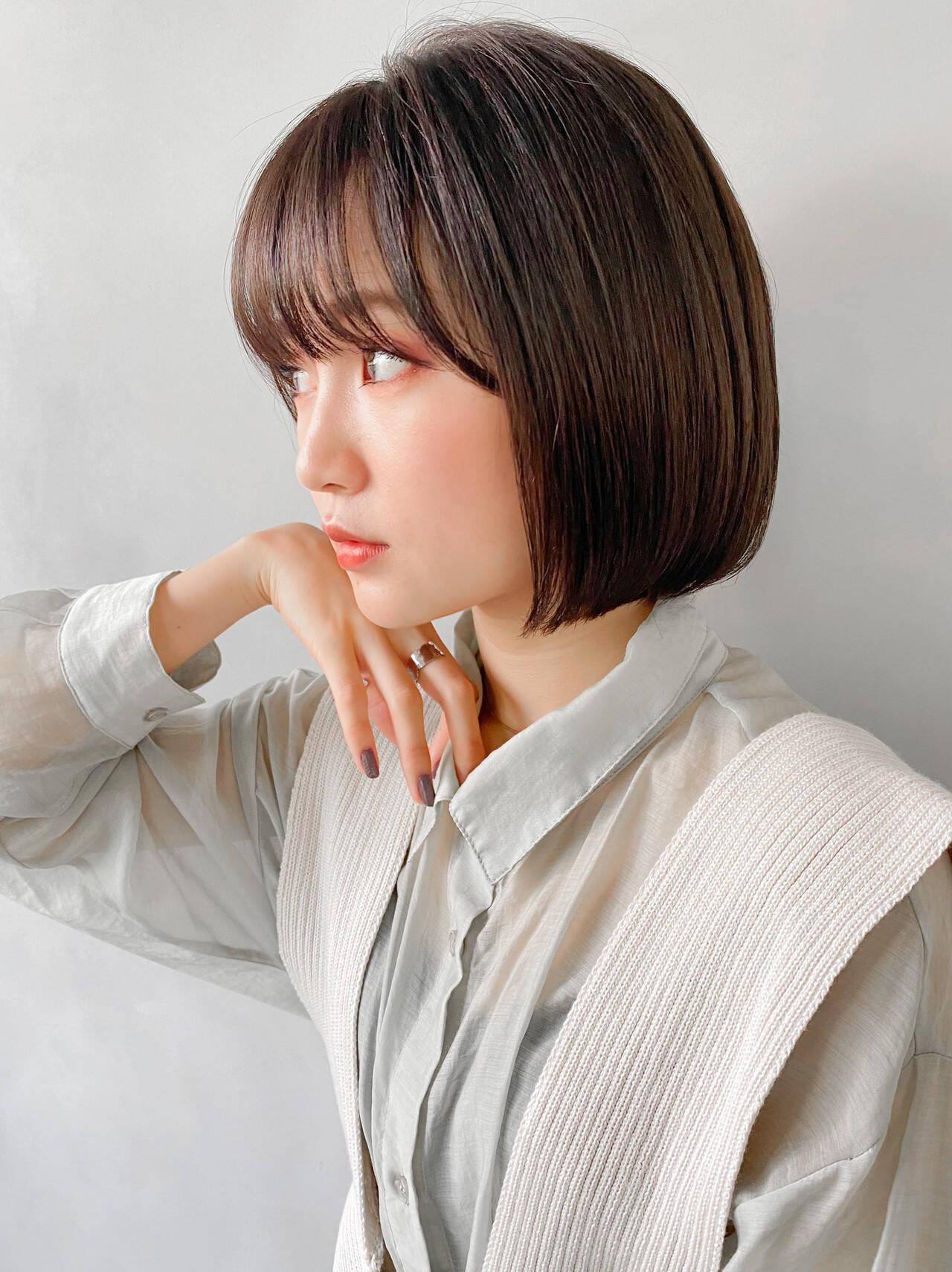 アンニュイほつれヘア ショートヘア パーティー レイヤーカットヘアスタイルや髪型の写真・画像