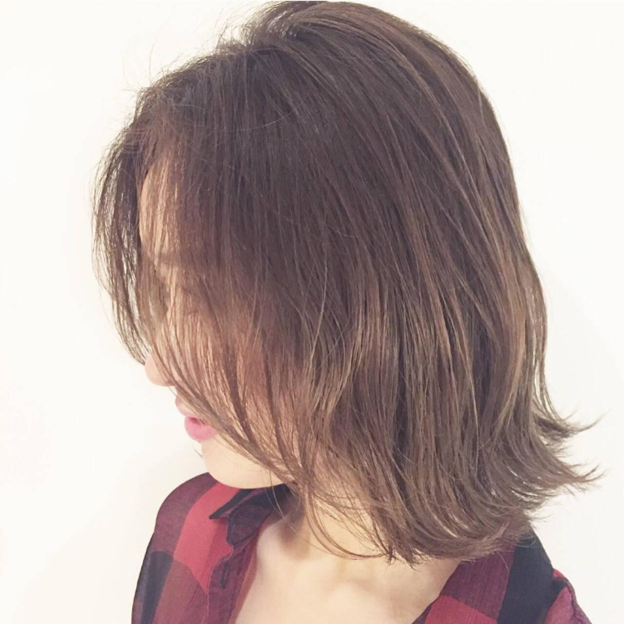 外国人風 前髪あり 夏 アッシュヘアスタイルや髪型の写真・画像