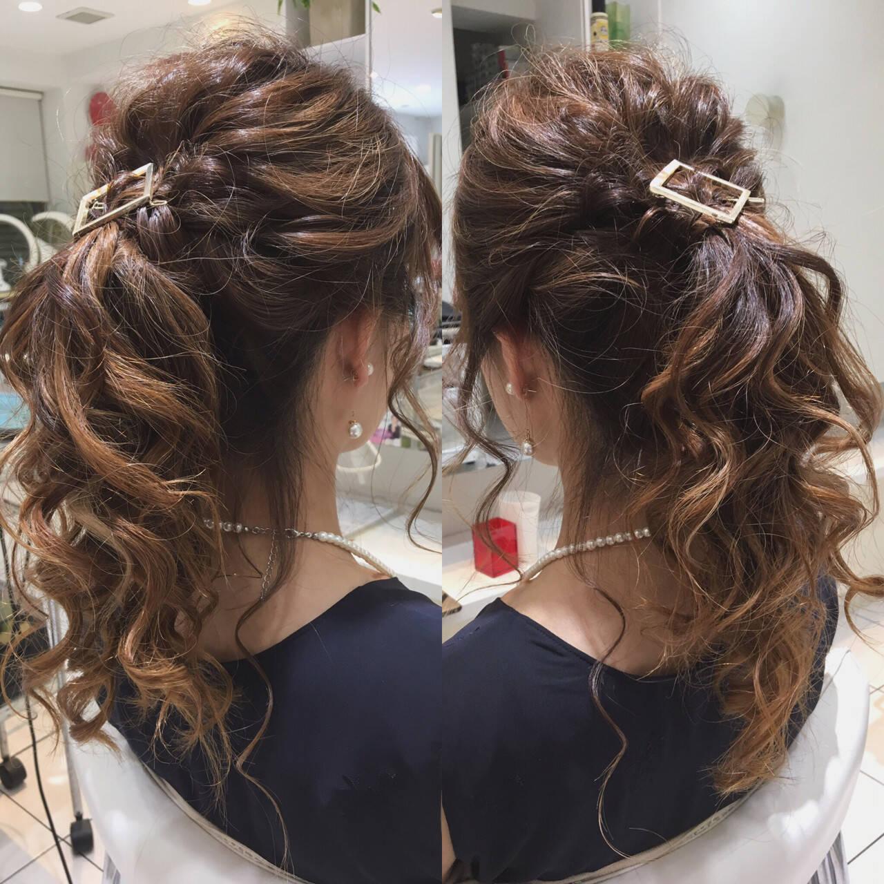 ポニーテール ロング くるりんぱ フェミニンヘアスタイルや髪型の写真・画像