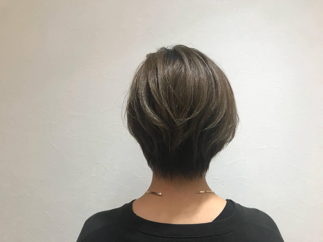 モード ボブ イルミナカラー イベントカラーヘアスタイルや髪型の写真・画像