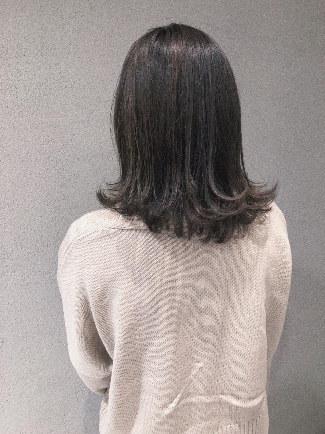 フェミニン ベージュ ブルージュ ミディアムヘアスタイルや髪型の写真・画像