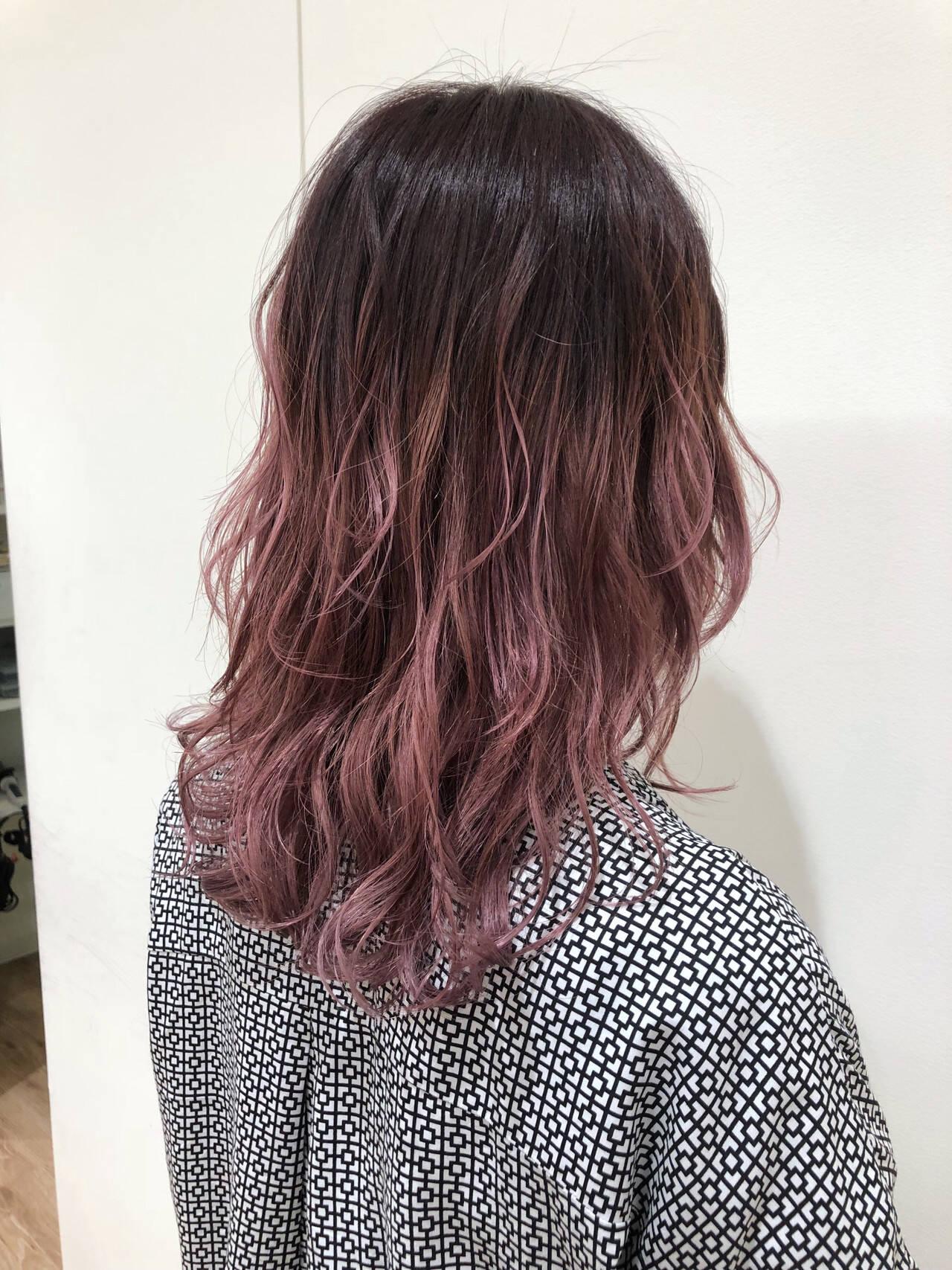 ピンク ブリーチオンカラー 透明感 ブリーチヘアスタイルや髪型の写真・画像