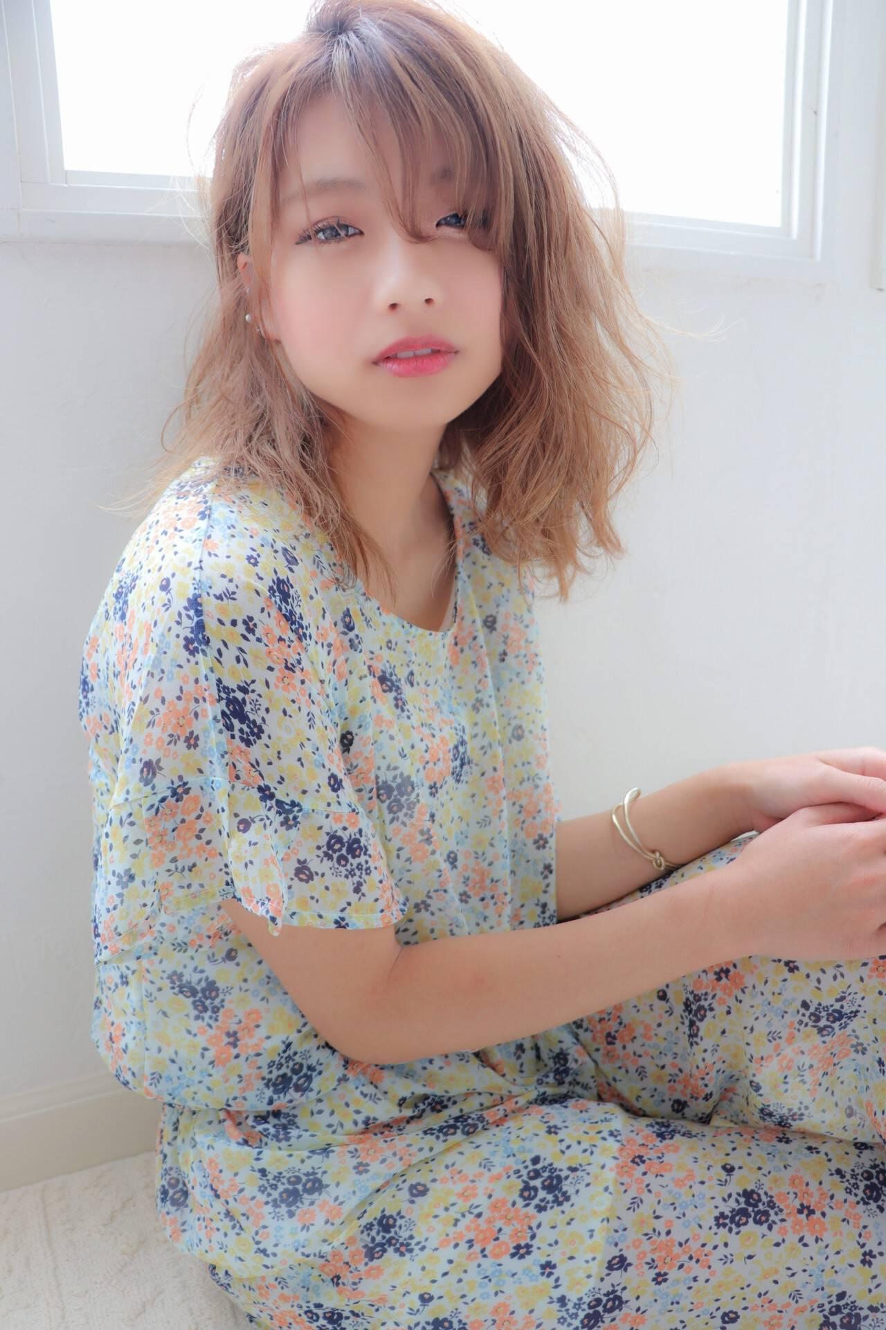 大人かわいい ヘアカラー デート フェミニンヘアスタイルや髪型の写真・画像