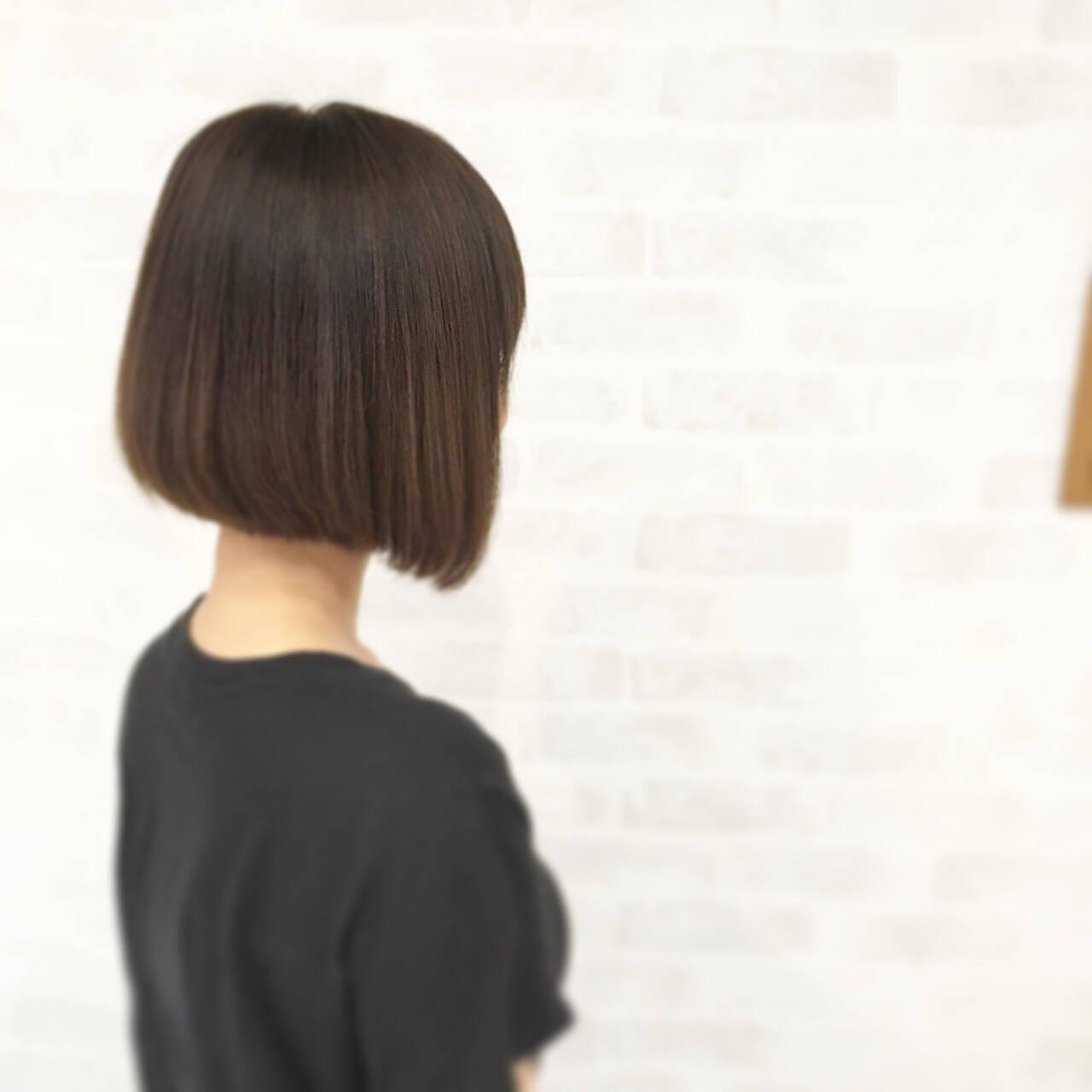 ナチュラル ストレート アッシュ ボブヘアスタイルや髪型の写真・画像