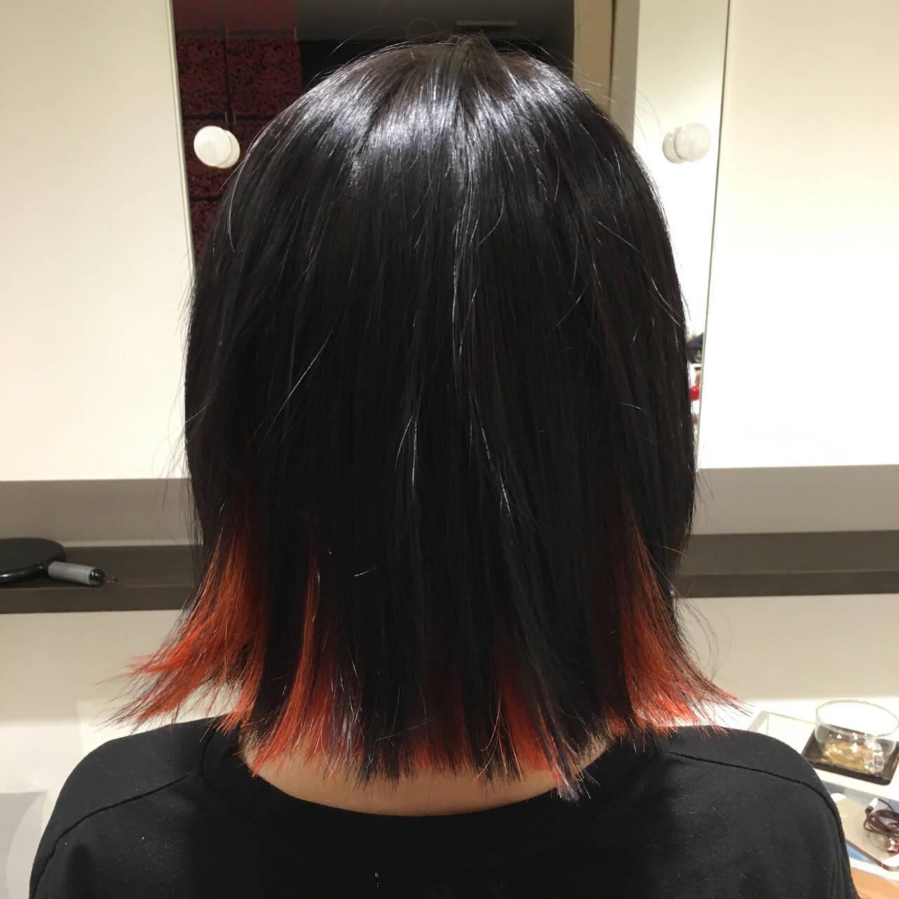 インナーカラー オレンジ ボブ 暗髪ヘアスタイルや髪型の写真・画像