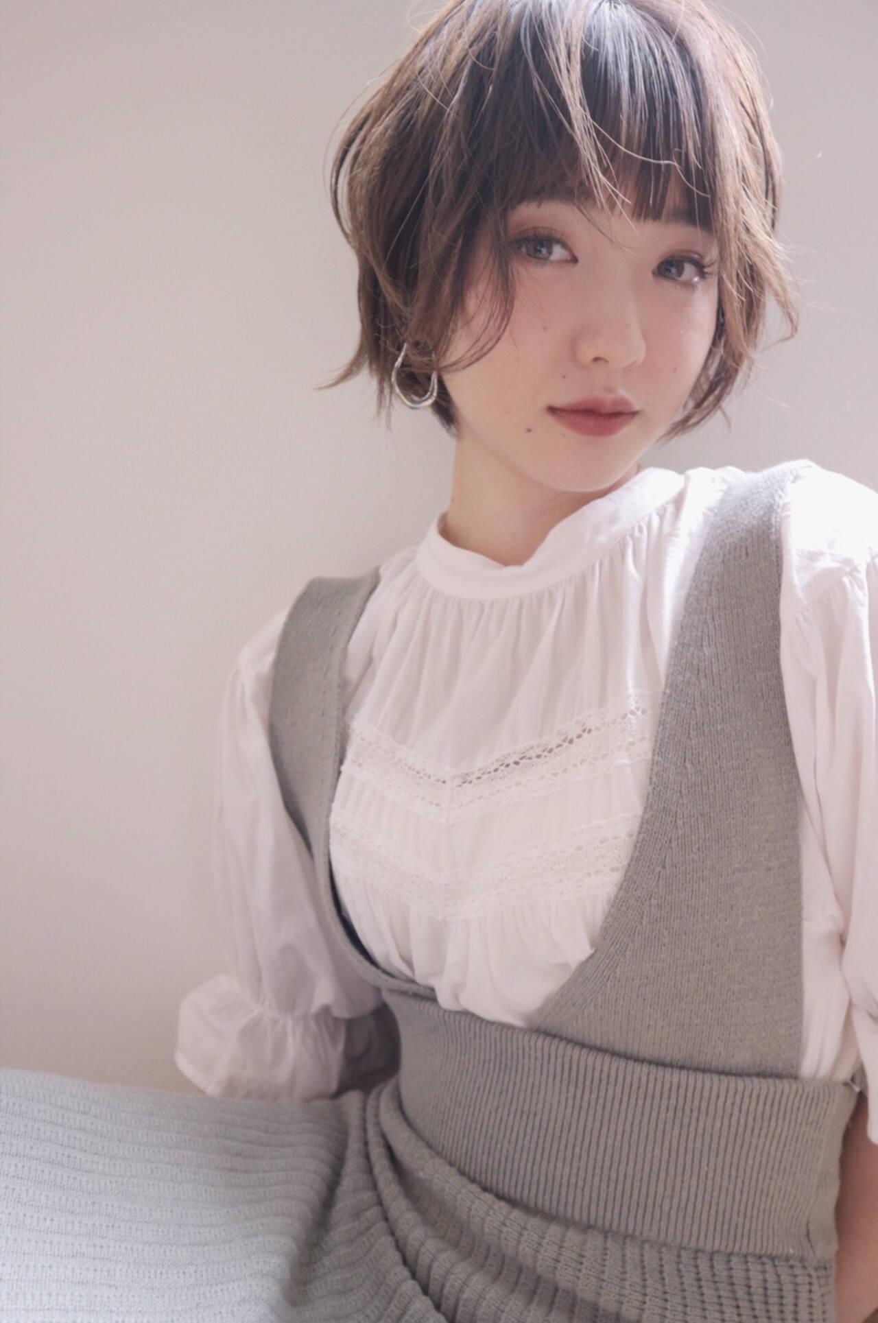 ショート 外国人風カラー ラベンダーアッシュ ラベンダーグレージュヘアスタイルや髪型の写真・画像