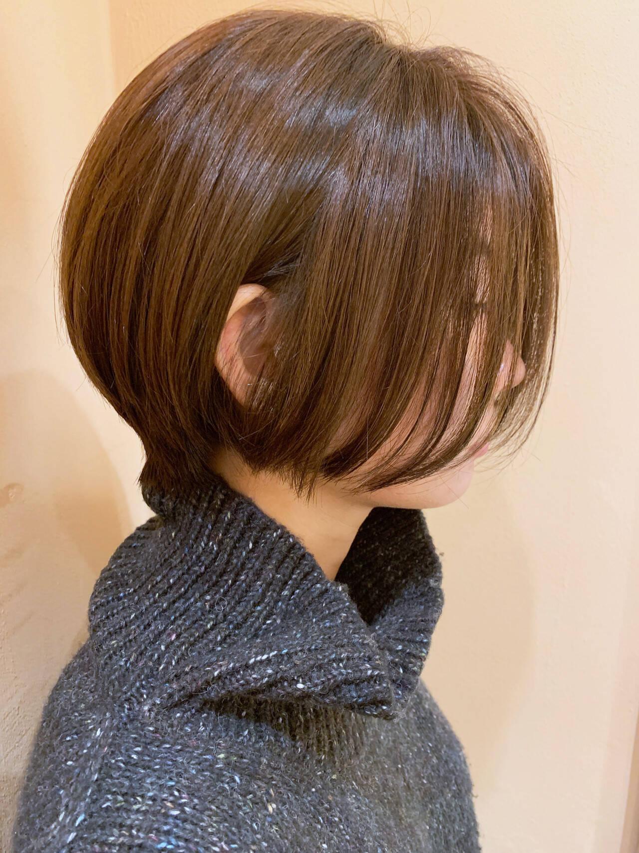 ショートヘア オフィス ショート ショートボブヘアスタイルや髪型の写真・画像