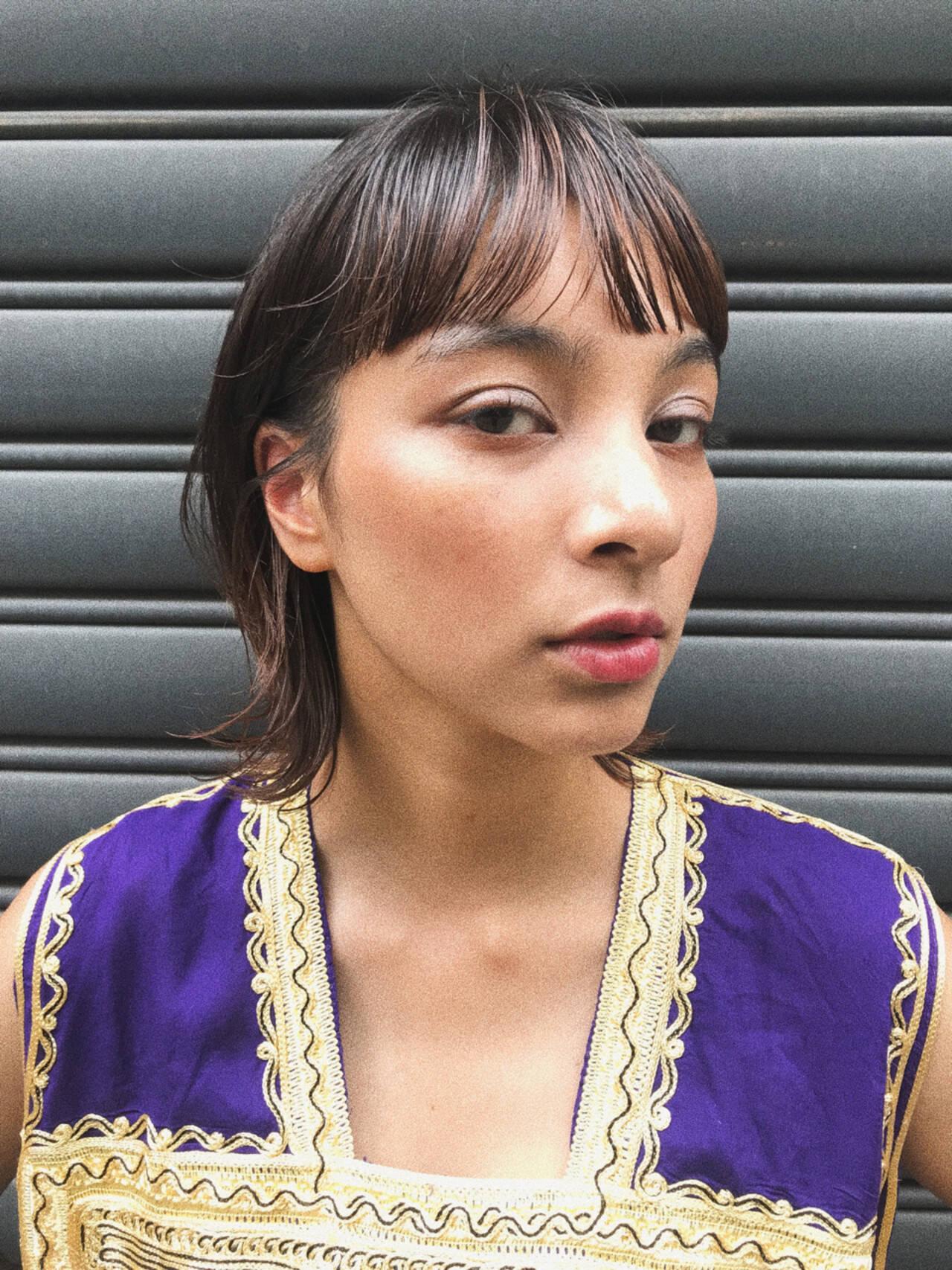 透明感 ハイライト ウェットヘア レイヤーカットヘアスタイルや髪型の写真・画像