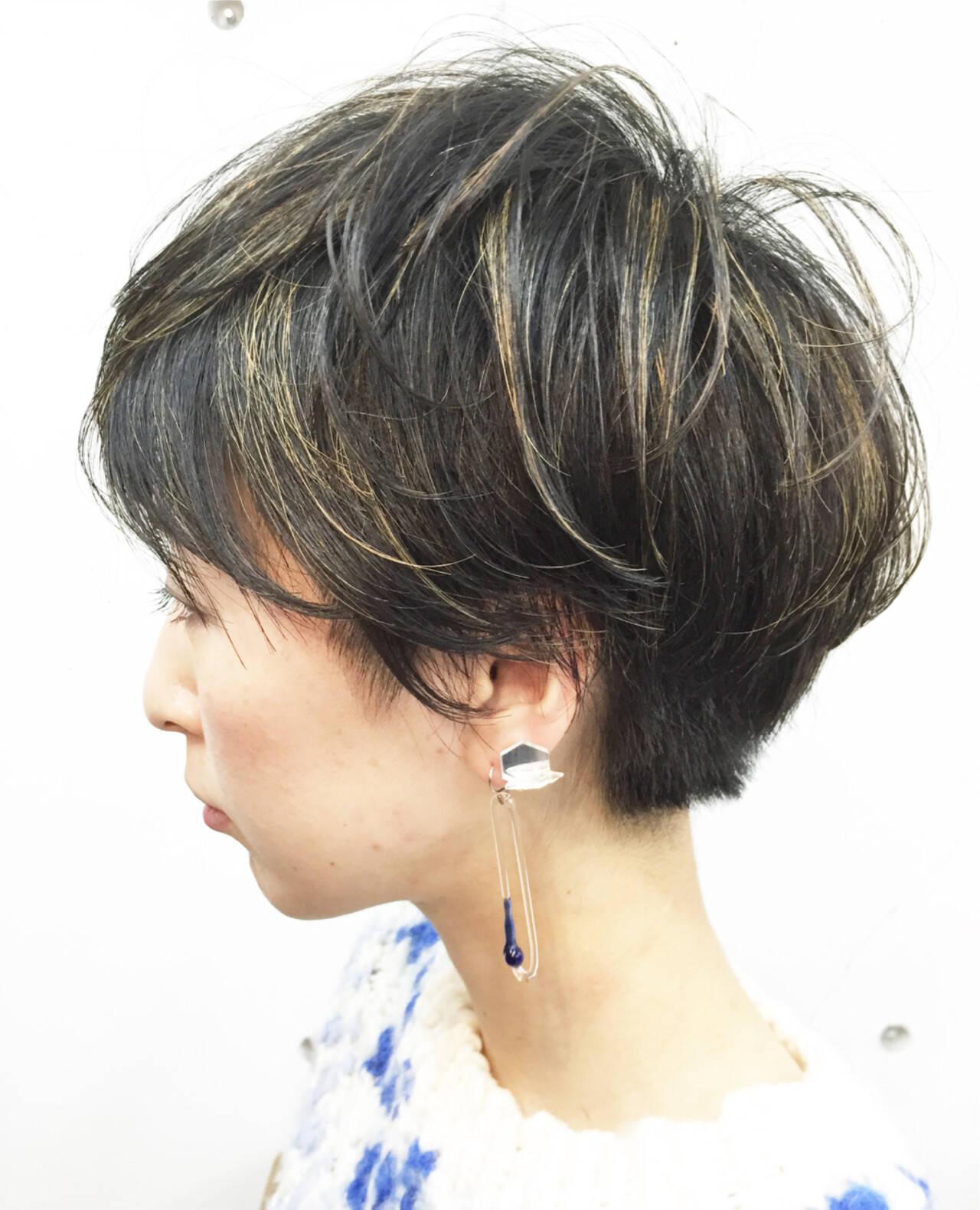 ショート 刈り上げ ストリート ハイライトヘアスタイルや髪型の写真・画像