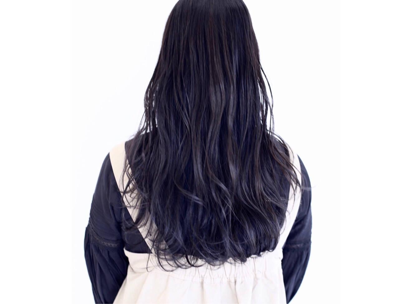波ウェーブ イルミナカラー 透明感 ロングヘアスタイルや髪型の写真・画像