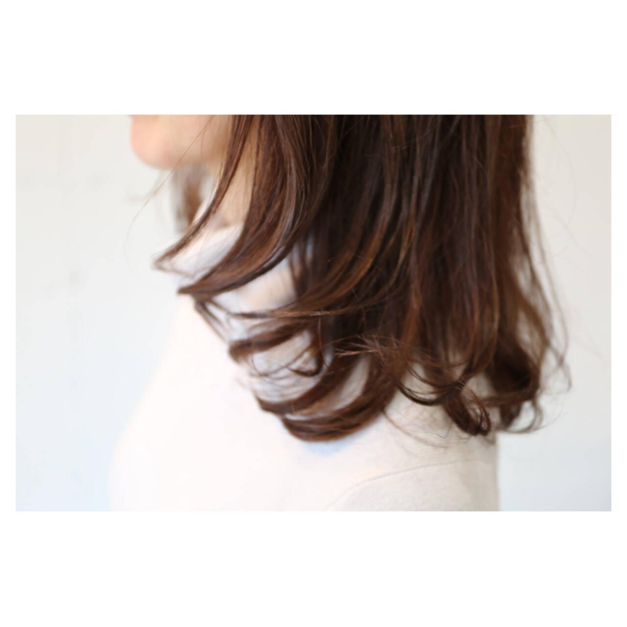 イルミナカラー 大人女子 大人かわいい ハイトーンヘアスタイルや髪型の写真・画像