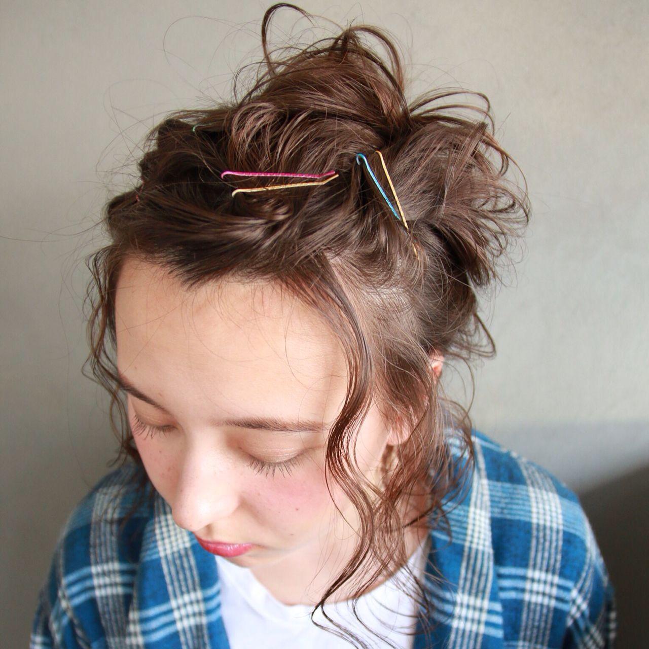 ヘアアレンジ ヘアピン ナチュラル 簡単ヘアアレンジヘアスタイルや髪型の写真・画像