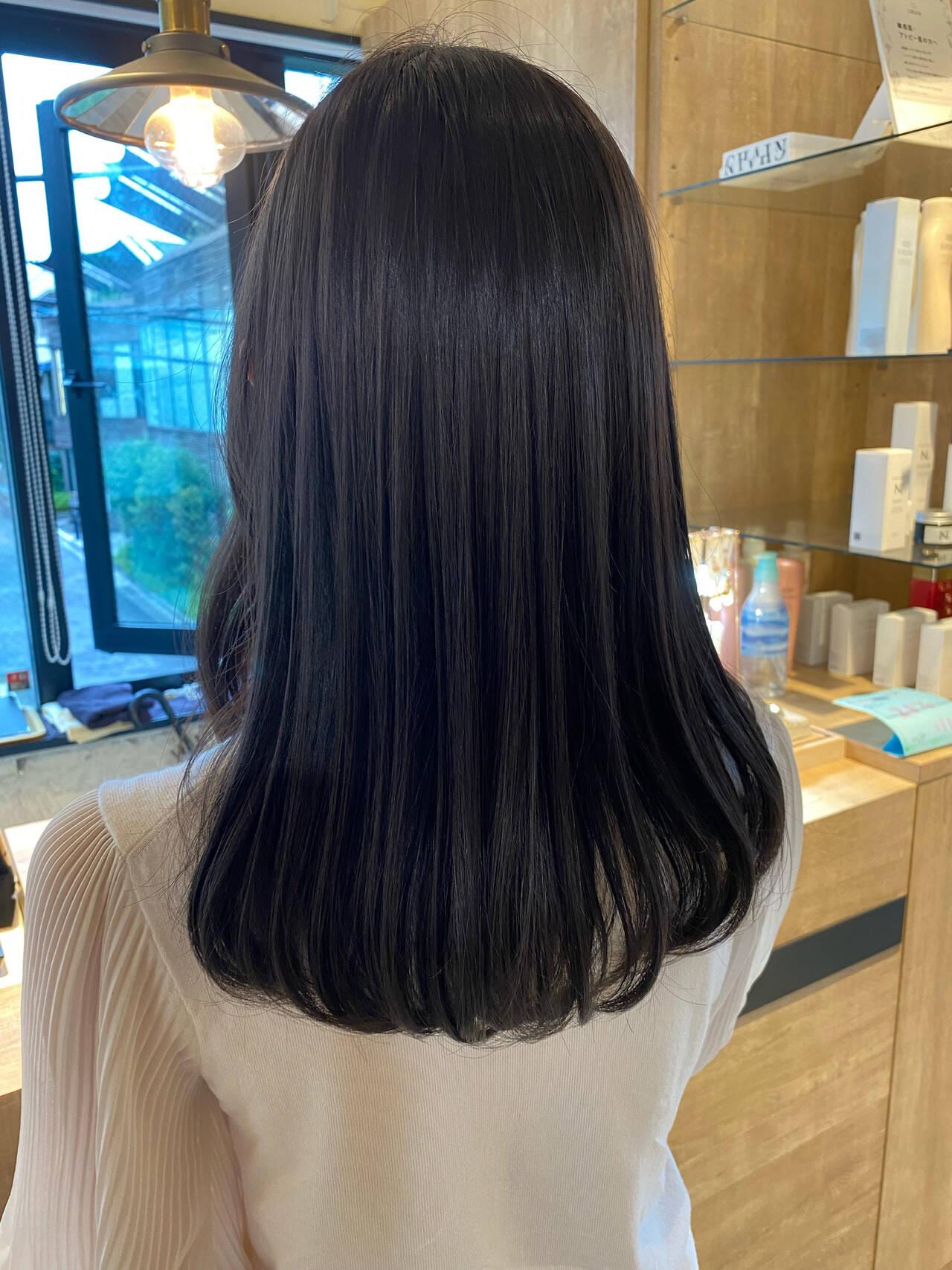 ブルージュ 透明感カラー 髪質改善トリートメント アッシュグレージュヘアスタイルや髪型の写真・画像