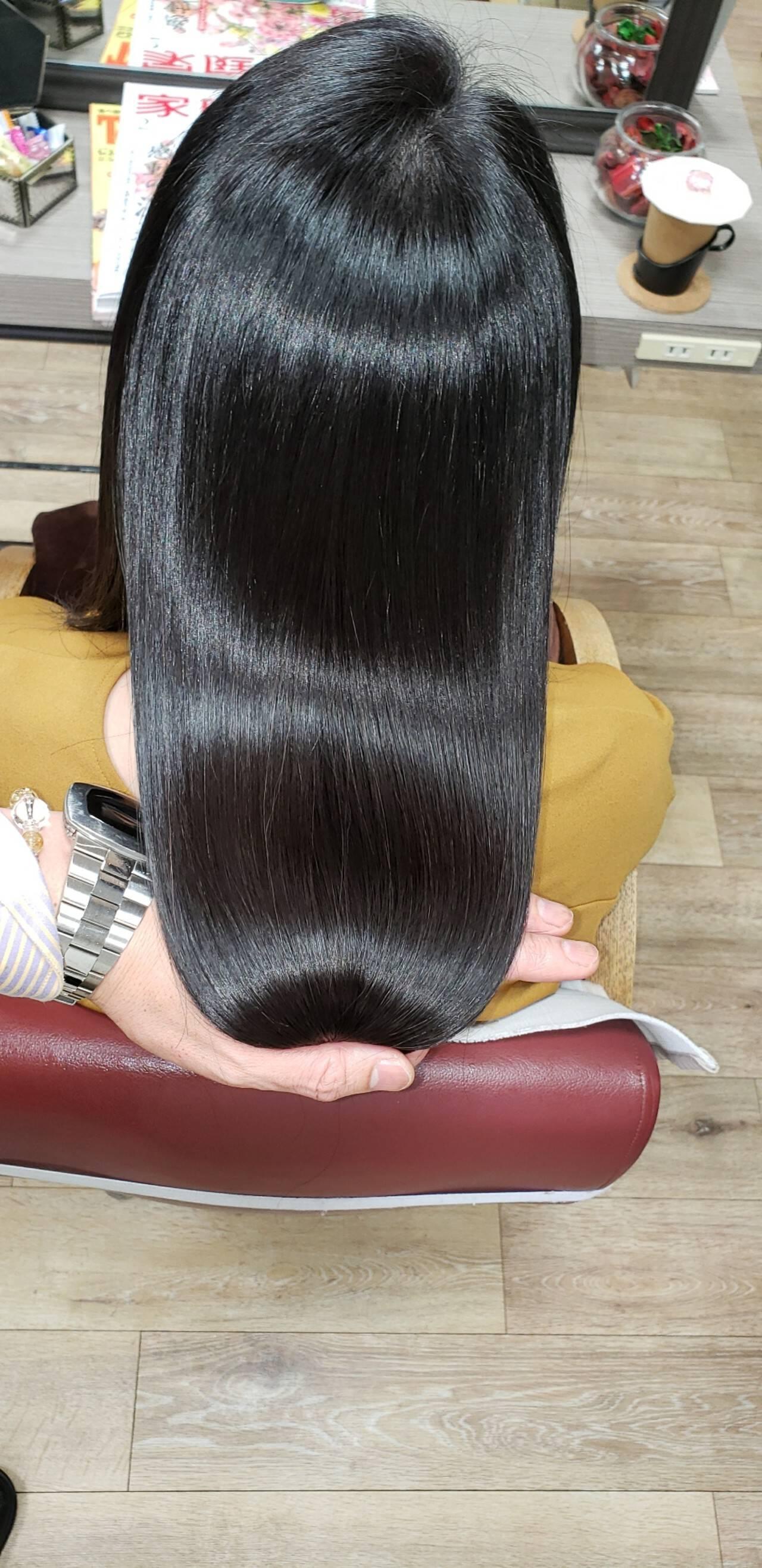 セミロング 頭皮ケア 名古屋市守山区 髪質改善ヘアスタイルや髪型の写真・画像