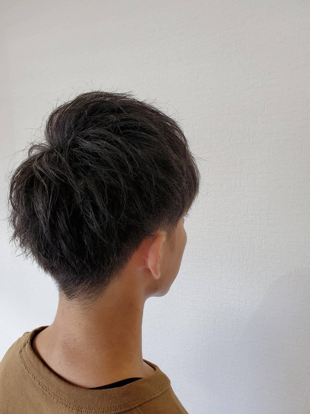 メンズヘア くせ毛 ナチュラル メンズショートヘアスタイルや髪型の写真・画像