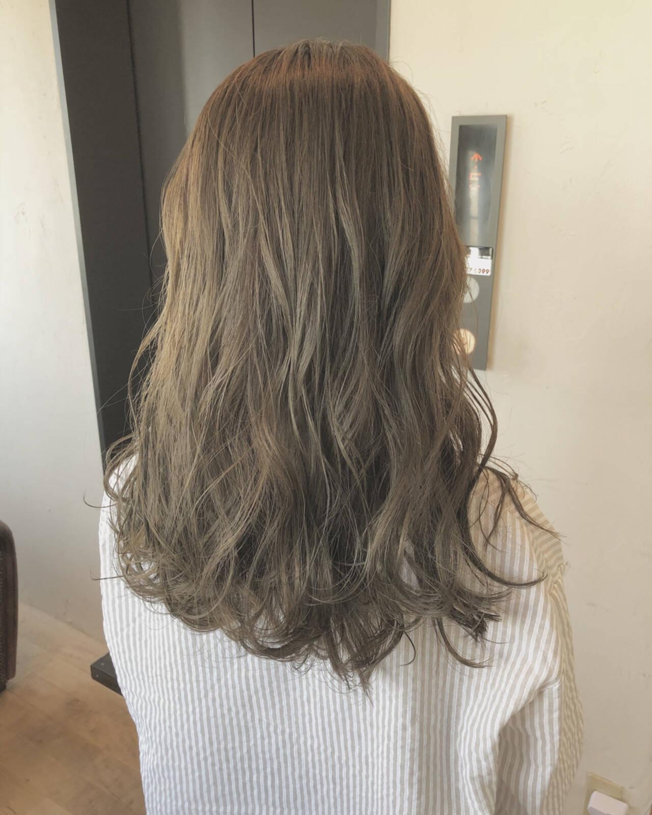 外国人風 大人女子 アンニュイ ハイライトヘアスタイルや髪型の写真・画像