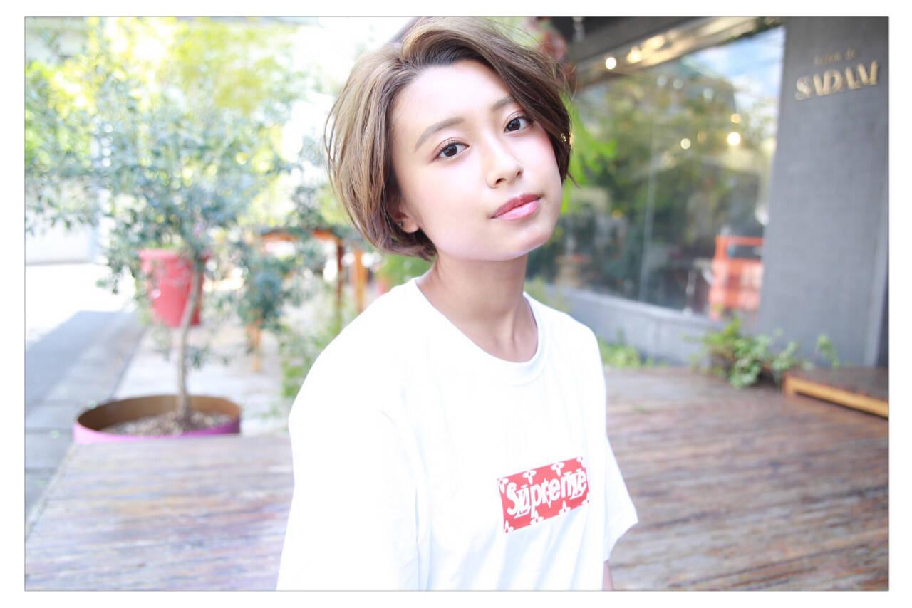 外国人風 ショート フェミニン ヘアアレンジヘアスタイルや髪型の写真・画像