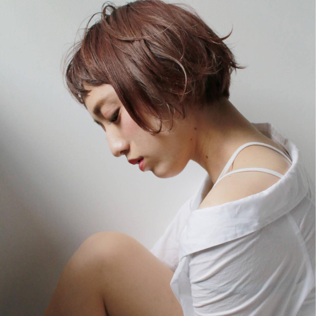 色気 パーマ ショートバング 外国人風ヘアスタイルや髪型の写真・画像
