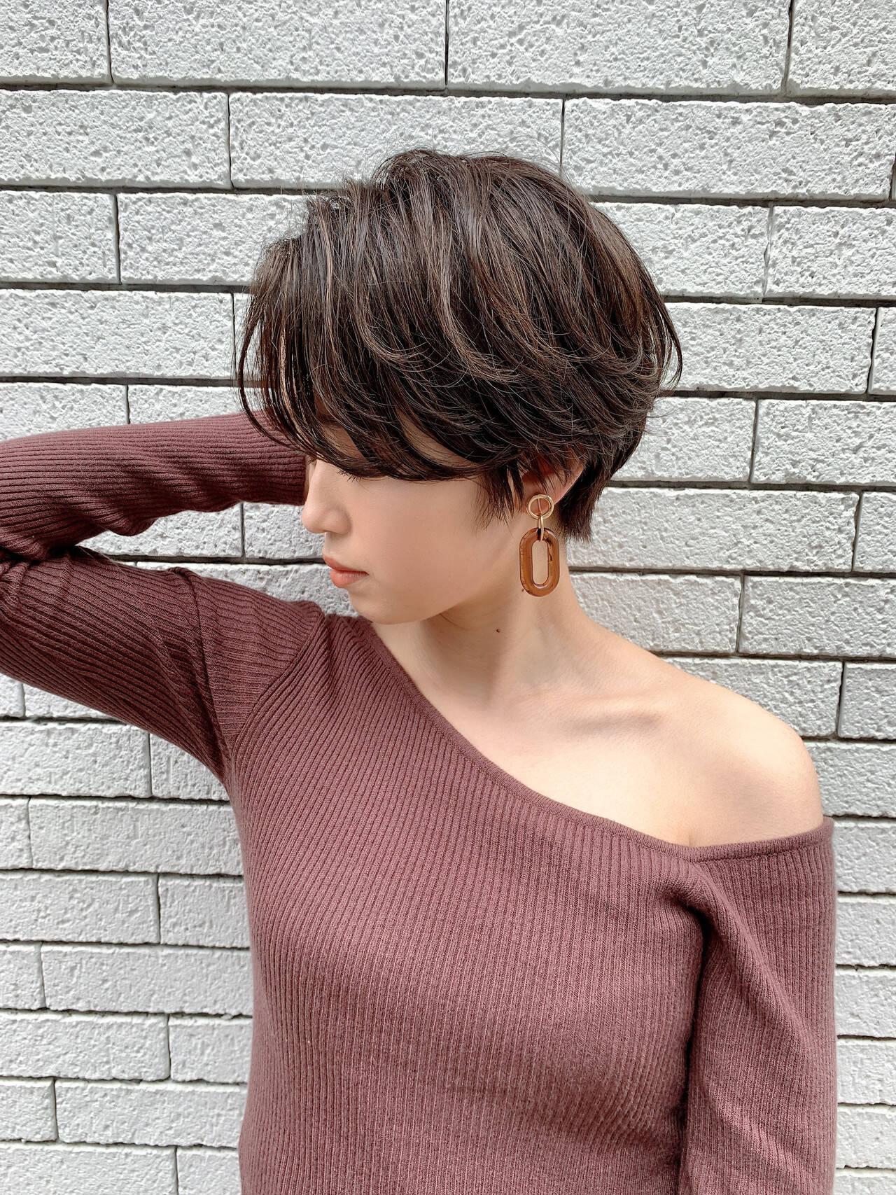 ナチュラル ショート 横顔美人 小顔ヘアヘアスタイルや髪型の写真・画像