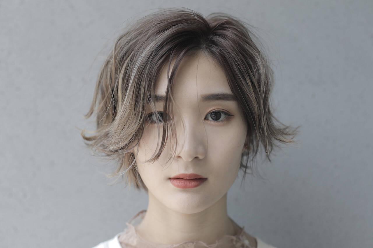 ハイトーン ナチュラル ショートヘア ショートボブヘアスタイルや髪型の写真・画像