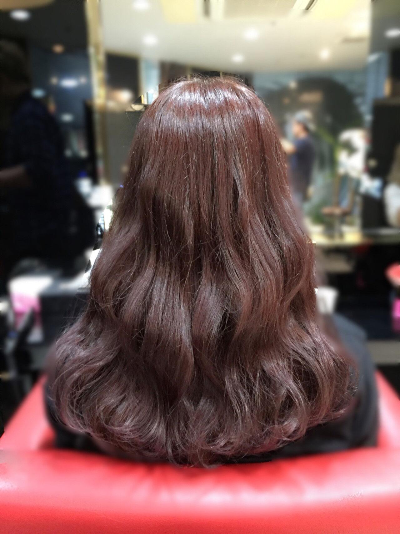 ピンク ピンクブラウン 波ウェーブ セミロングヘアスタイルや髪型の写真・画像