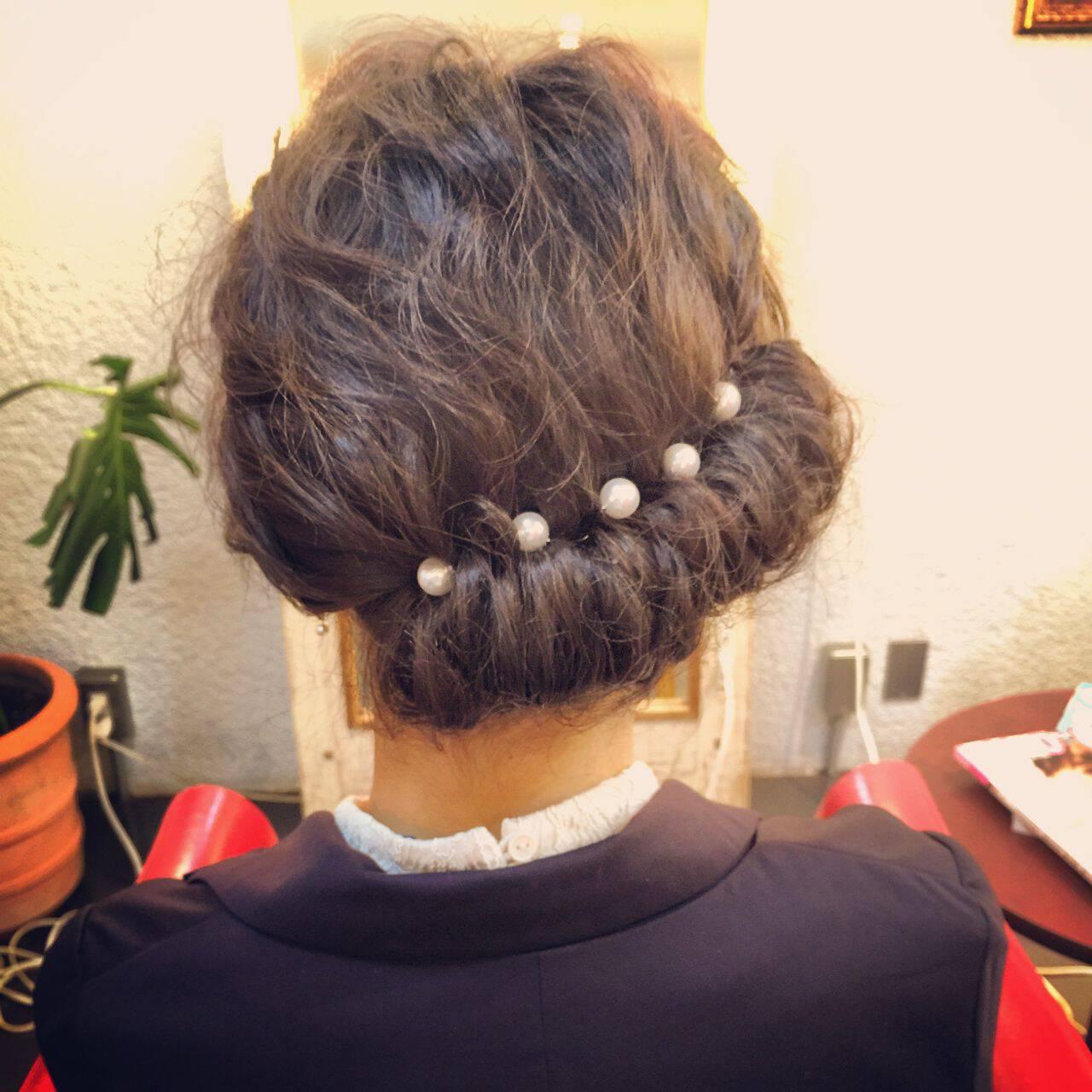 ギブソンタック ヘアアレンジ ナチュラル 春ヘアスタイルや髪型の写真・画像