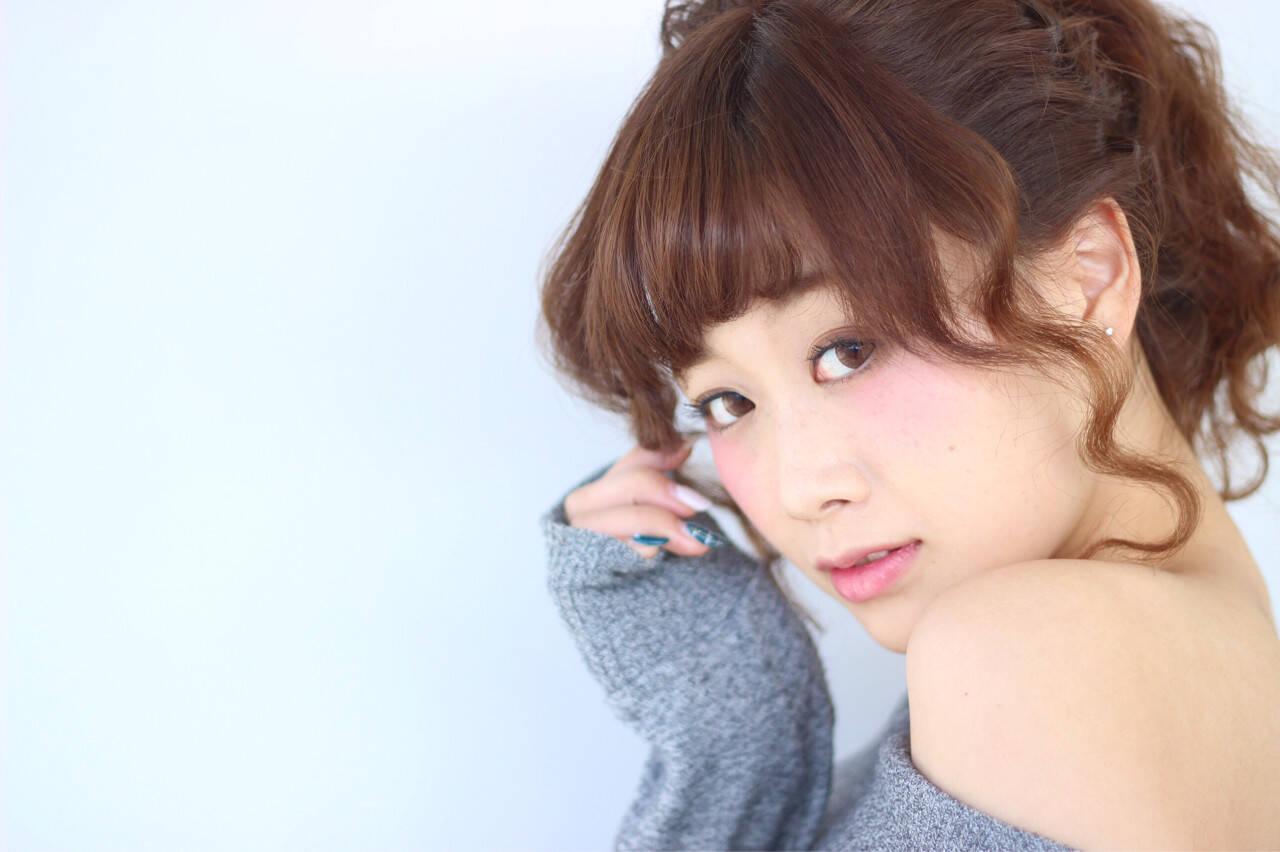 ショート 大人かわいい フェミニン 簡単ヘアアレンジヘアスタイルや髪型の写真・画像