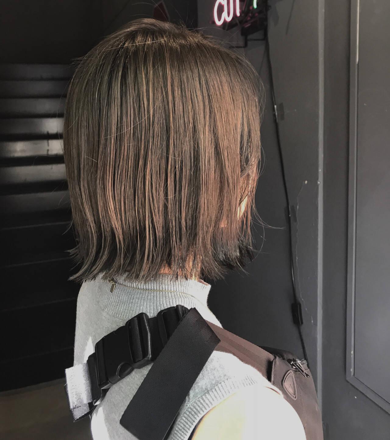 切りっぱなしボブ 透明感カラー ナチュラル ボブヘアスタイルや髪型の写真・画像
