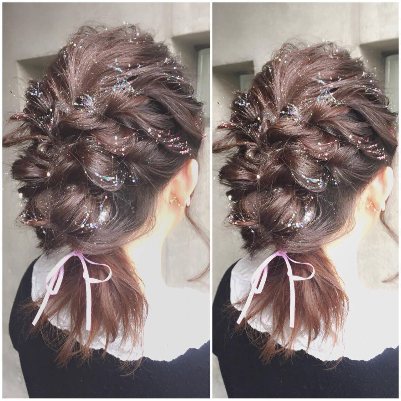 ヘアアレンジ ガーリー ミディアム フェミニンヘアスタイルや髪型の写真・画像