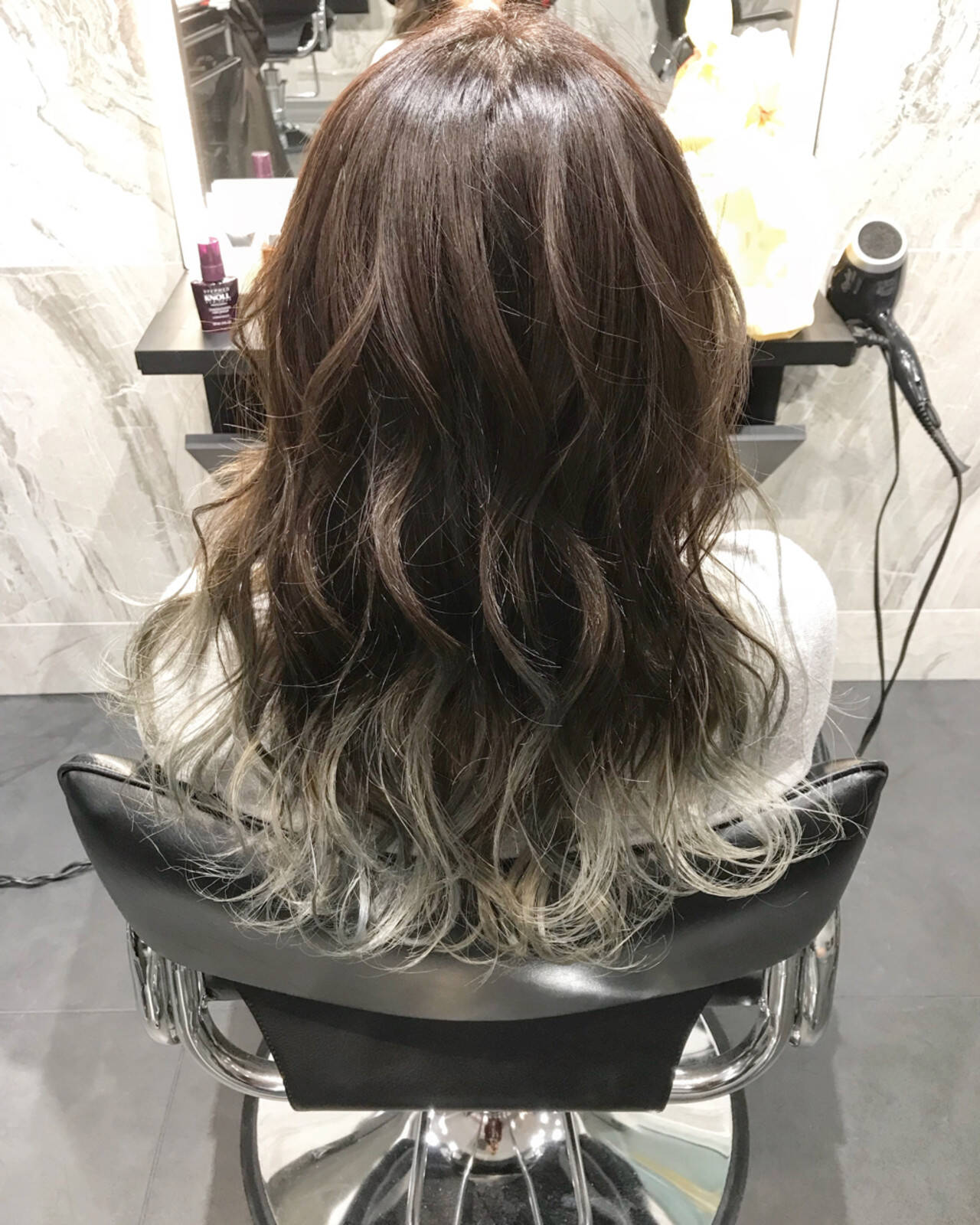 外国人風 グラデーションカラー エレガント バレイヤージュヘアスタイルや髪型の写真・画像