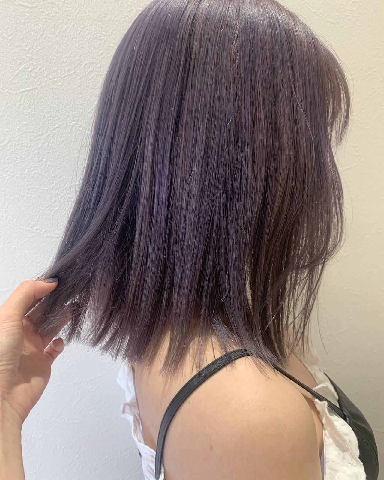 バイオレットカラー ブルーバイオレット ガーリー ラベンダーグレーヘアスタイルや髪型の写真・画像