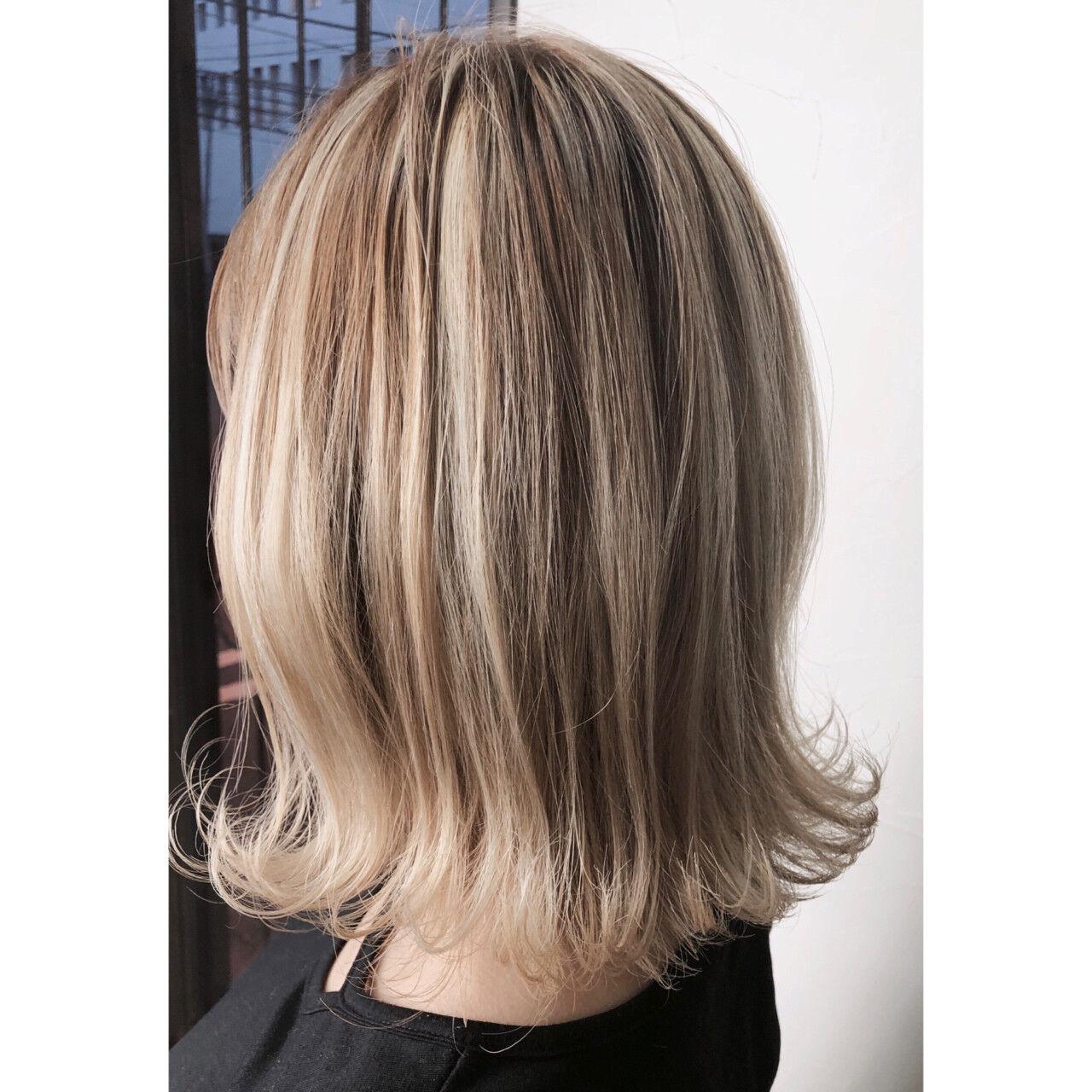 フェミニン ローライト 外国人風 ミディアムヘアスタイルや髪型の写真・画像