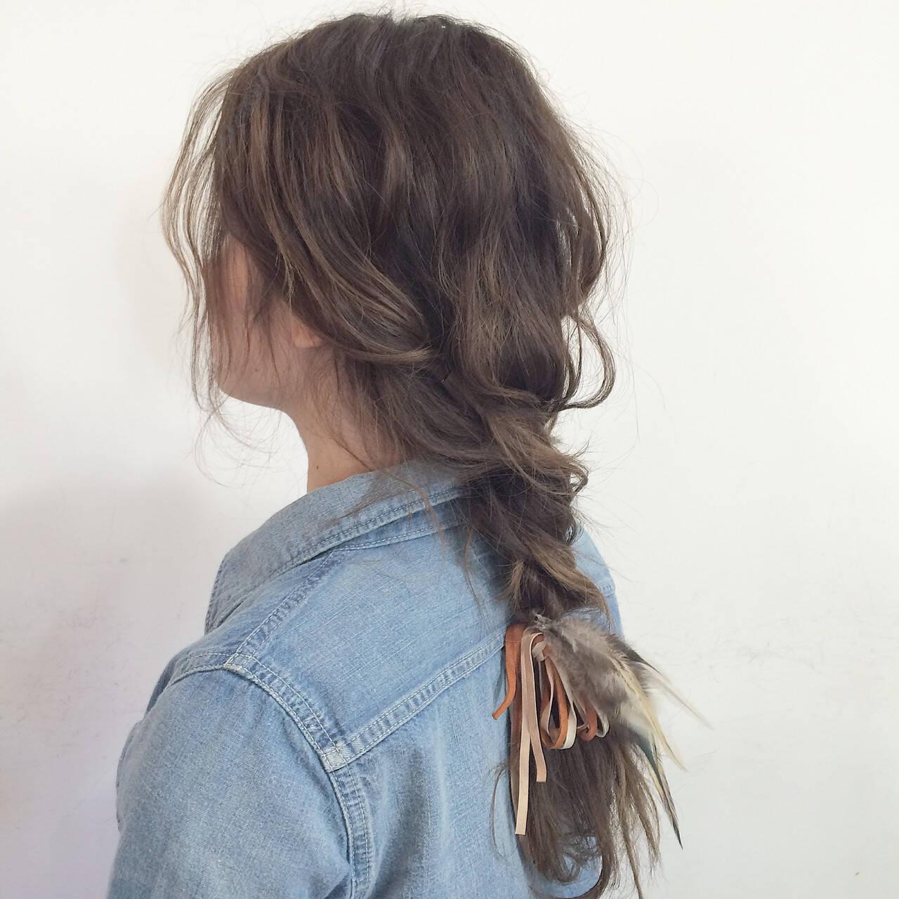 アンニュイほつれヘア デート 簡単ヘアアレンジ セミロングヘアスタイルや髪型の写真・画像