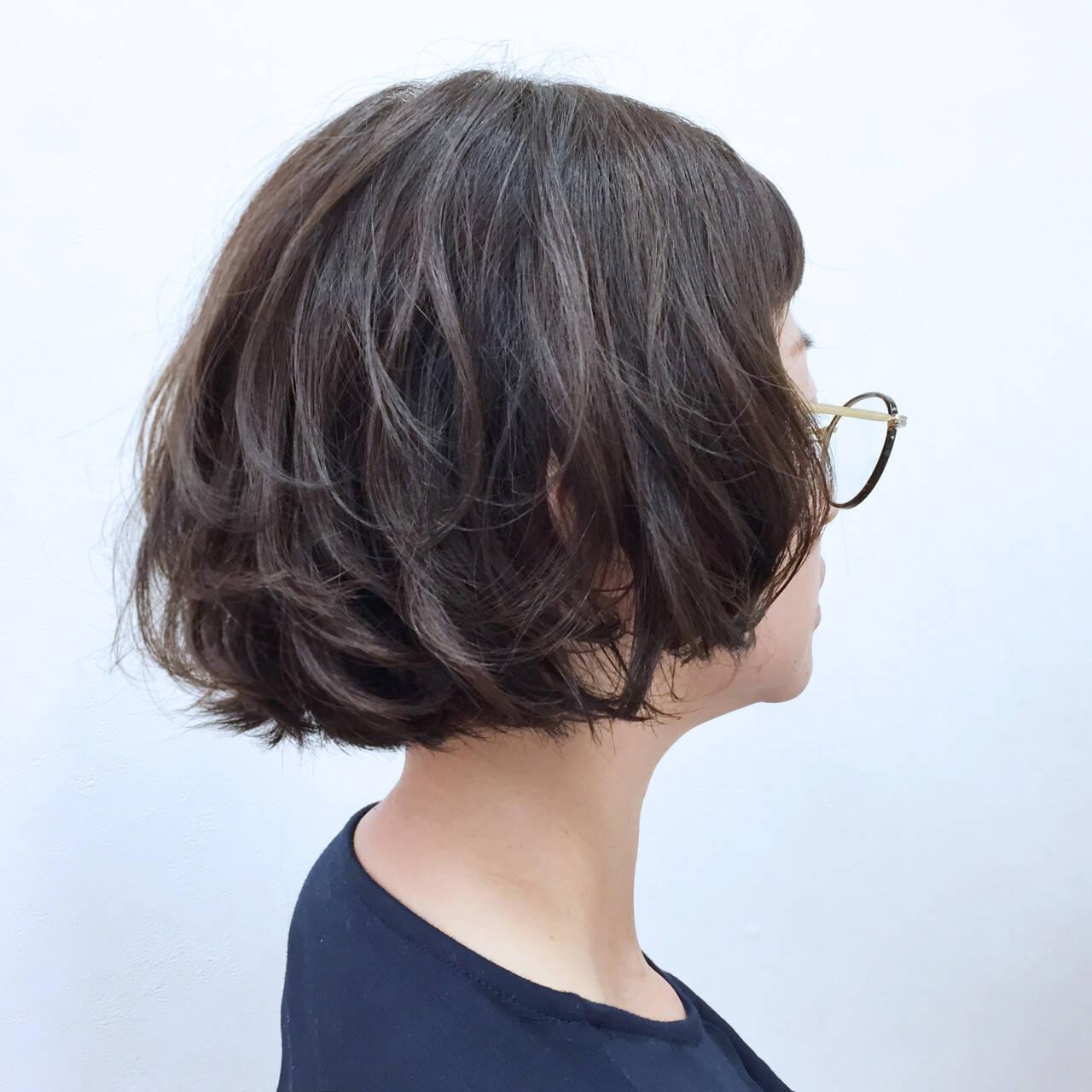 ゆるふわ ボブ ウェーブ ストリートヘアスタイルや髪型の写真・画像