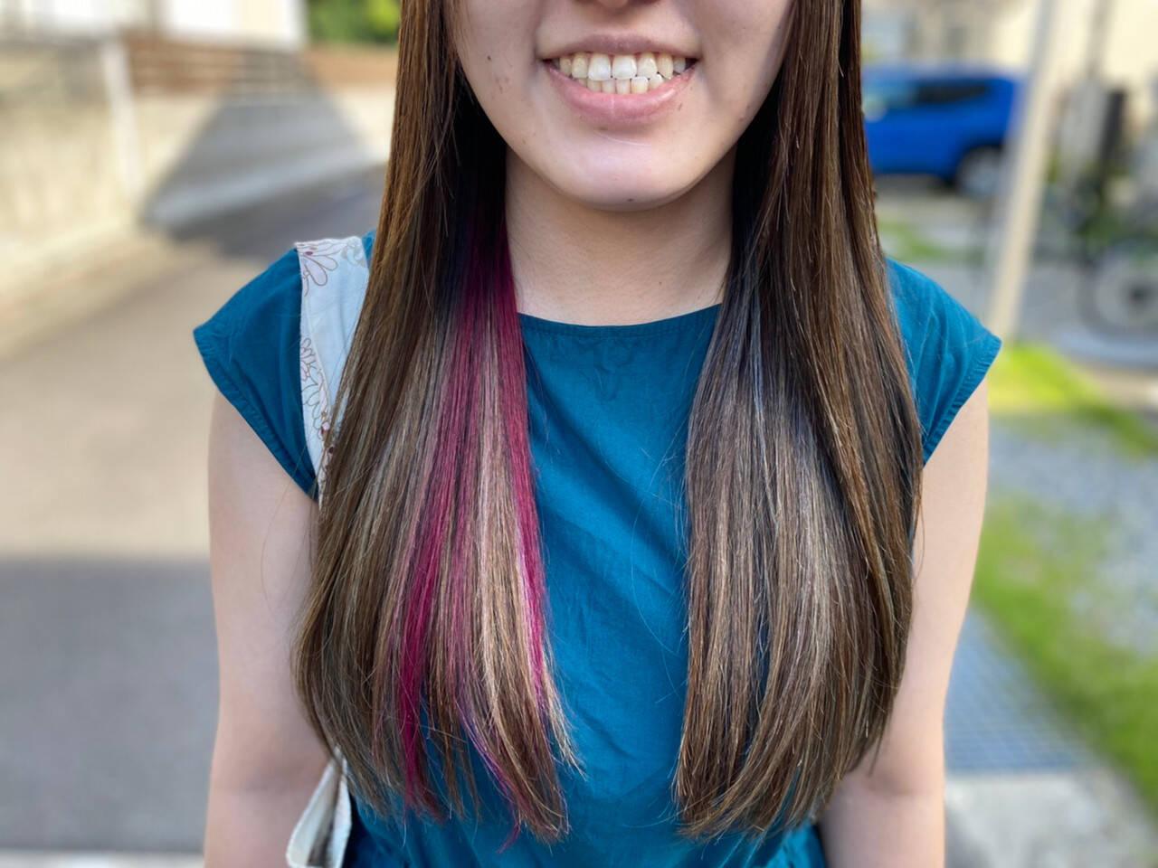 コントラストハイライト インナーカラー フェミニン ロングヘアスタイルや髪型の写真・画像