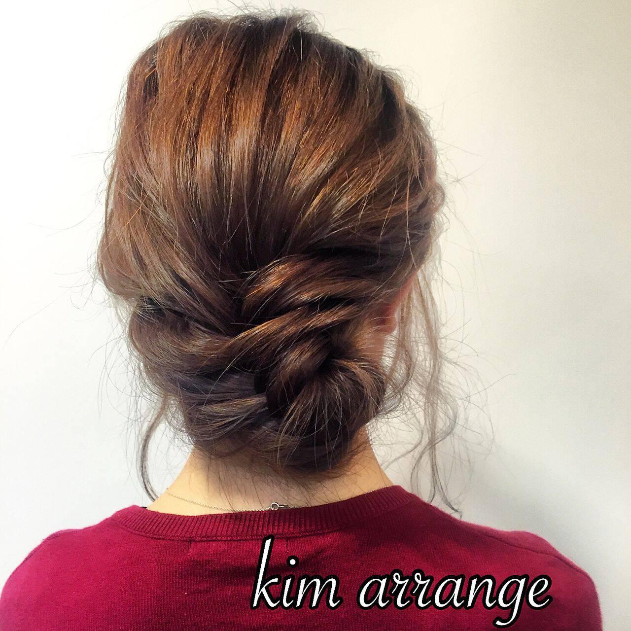 ショート ヘアアレンジ まとめ髪 フェミニンヘアスタイルや髪型の写真・画像