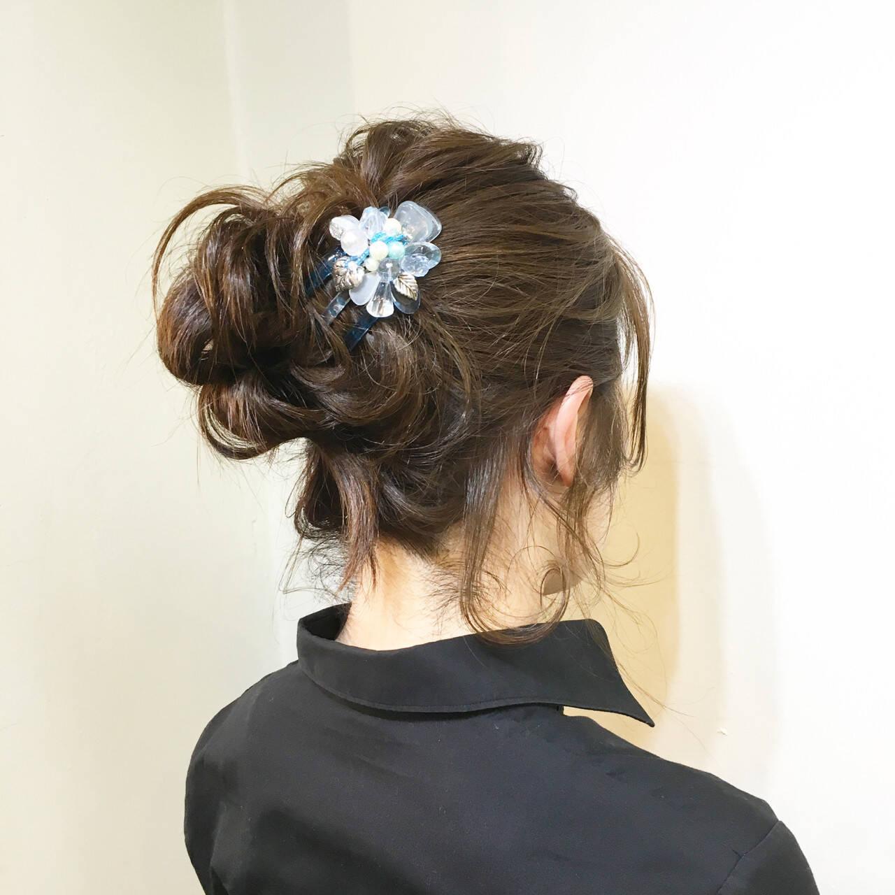 ミディアム お団子 ハーフアップ 大人かわいいヘアスタイルや髪型の写真・画像
