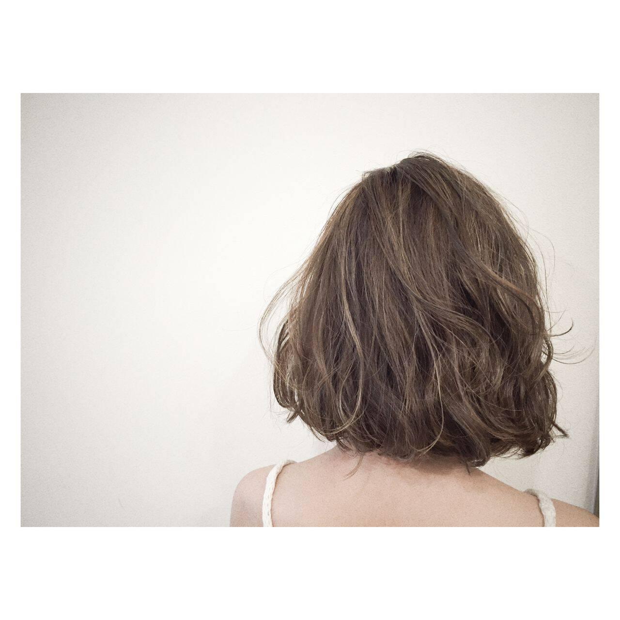 外国人風 ストリート ミディアム グラデーションカラーヘアスタイルや髪型の写真・画像