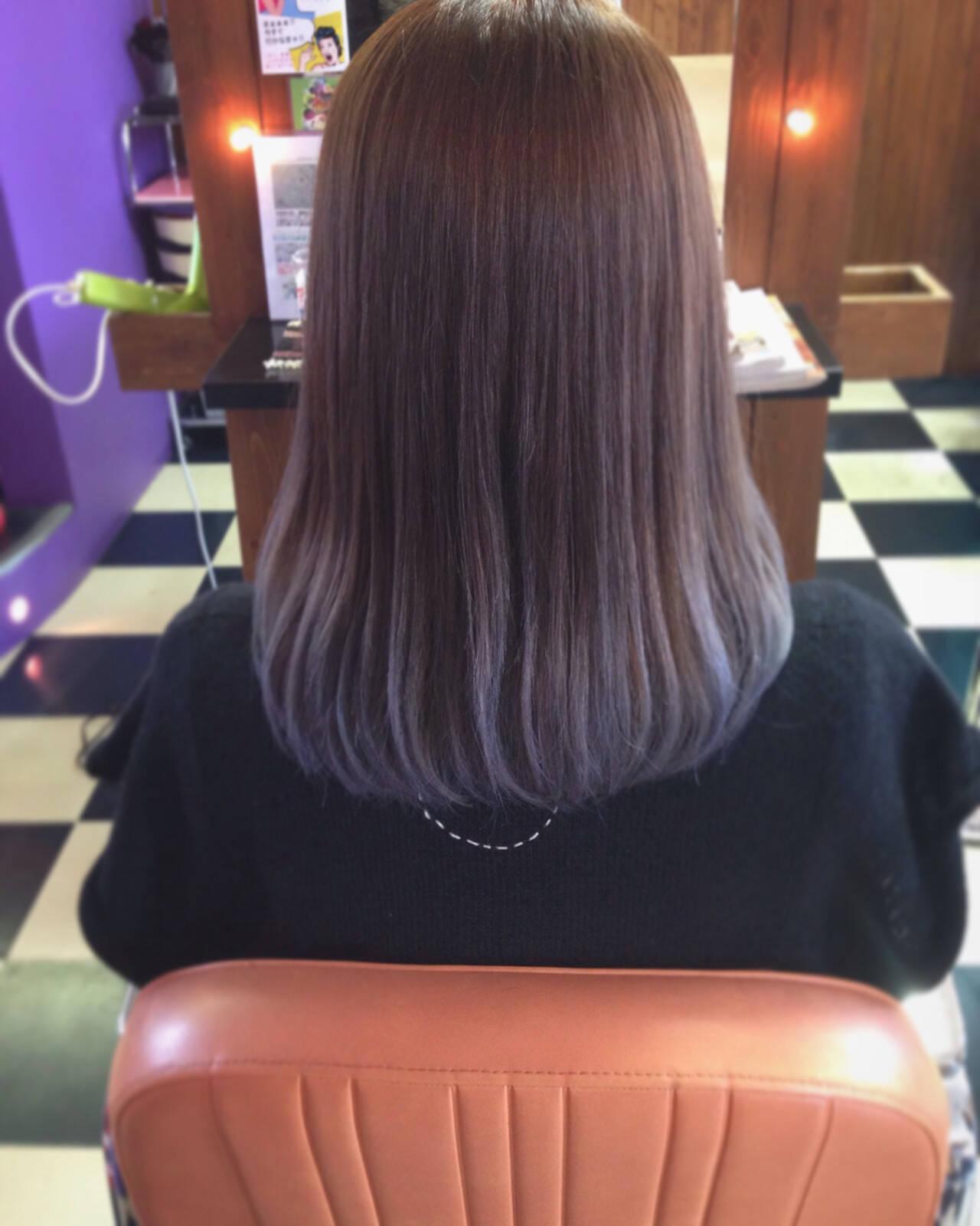 ブラウン グレージュ グラデーションカラー ガーリーヘアスタイルや髪型の写真・画像