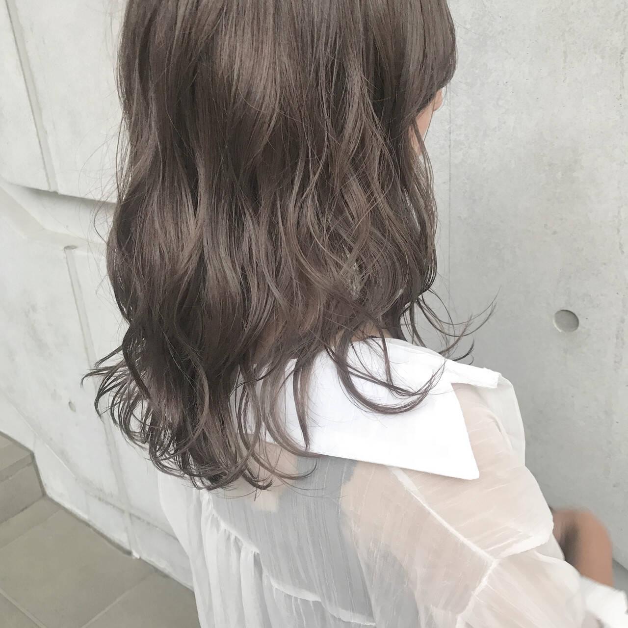 透明感 セミロング 大人女子 ナチュラルヘアスタイルや髪型の写真・画像