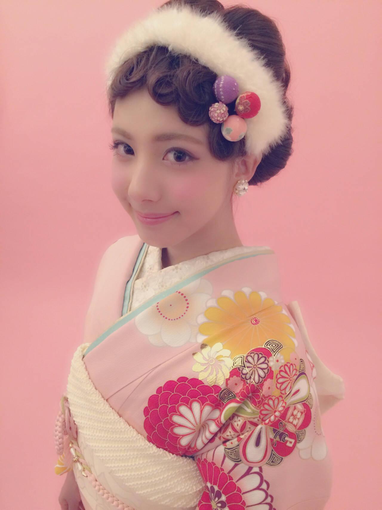 フェミニン ヘアアレンジ ガーリー ミディアムヘアスタイルや髪型の写真・画像